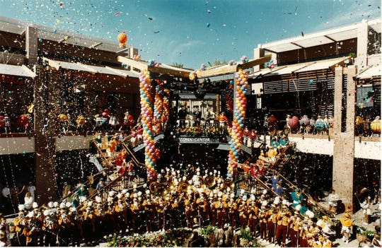 Opening day of the Arizona Center on November 15, 1990.