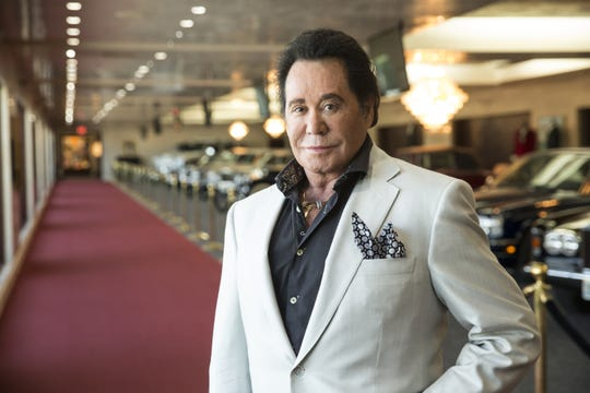 In this Sept. 8, 2015, photo, Wayne Newton poses for a photo at his home in Las Vegas.