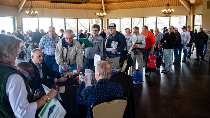 The 55th Annual York Area Sports Night took place at the Heritage Hills Golf Club Conference Center on April 4, 2019. Penn State players as well as baseball, football and boxing hall of famers signed autographs and took pictures with fans.