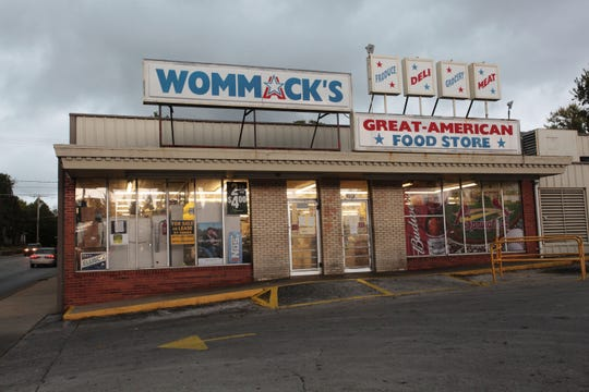 Wommack's Great-American Food Store closed in October 2014.