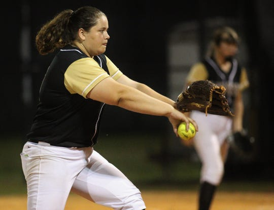 Lincoln junior Macy Kelley pitches as Lincoln's softball team beat Florida High 7-3 on Thursday, April 4, 2019.