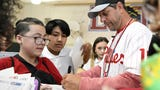Veterans Memorial School in Vineland welcomed Phillies icon Mickey Morandini on Friday. Morandini spoke about his career in the big leagues and even had a catch with some of the students.