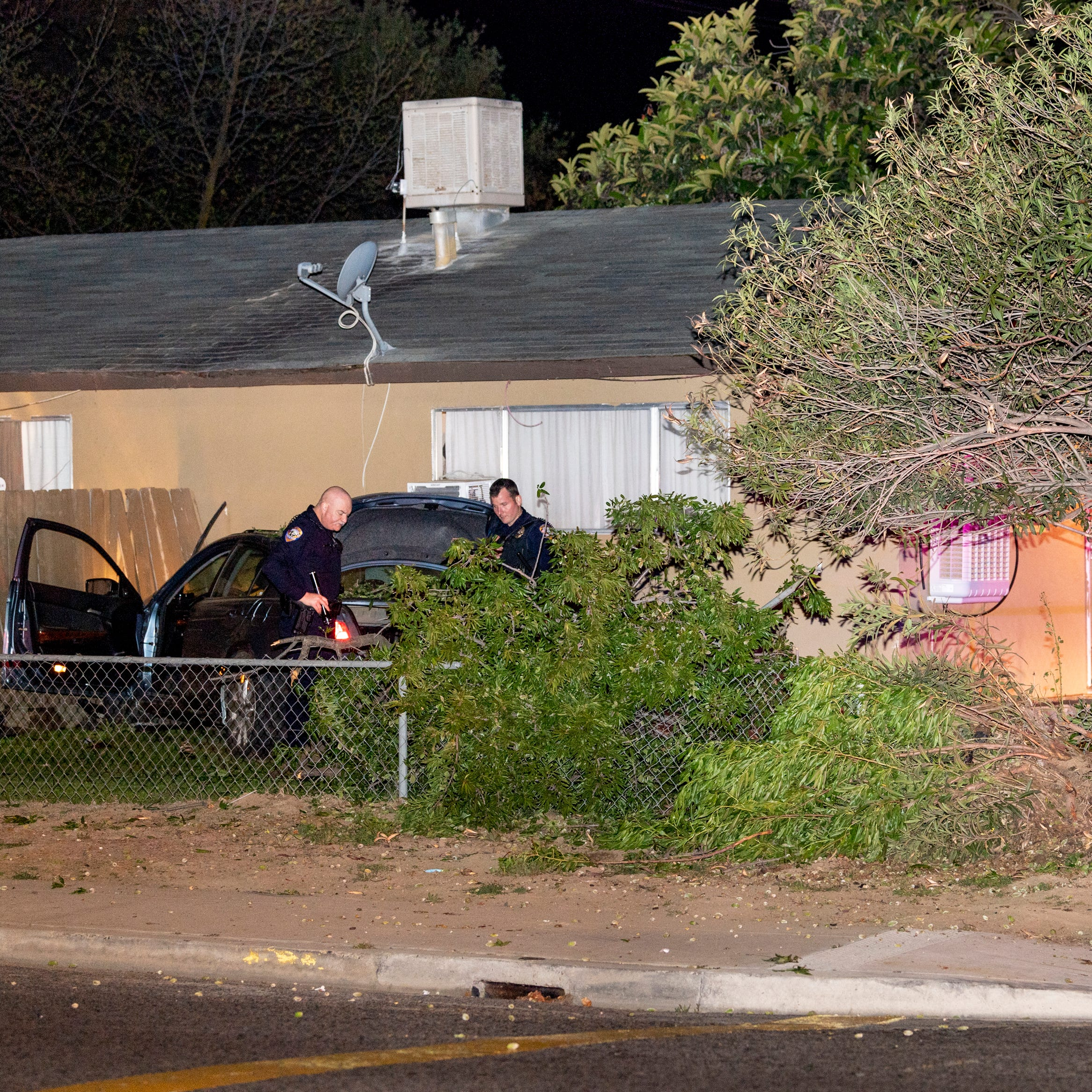 Suspected drunken driver crashes after Visalia police give chase