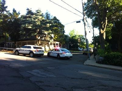 White Plains Police respond to crime scene.