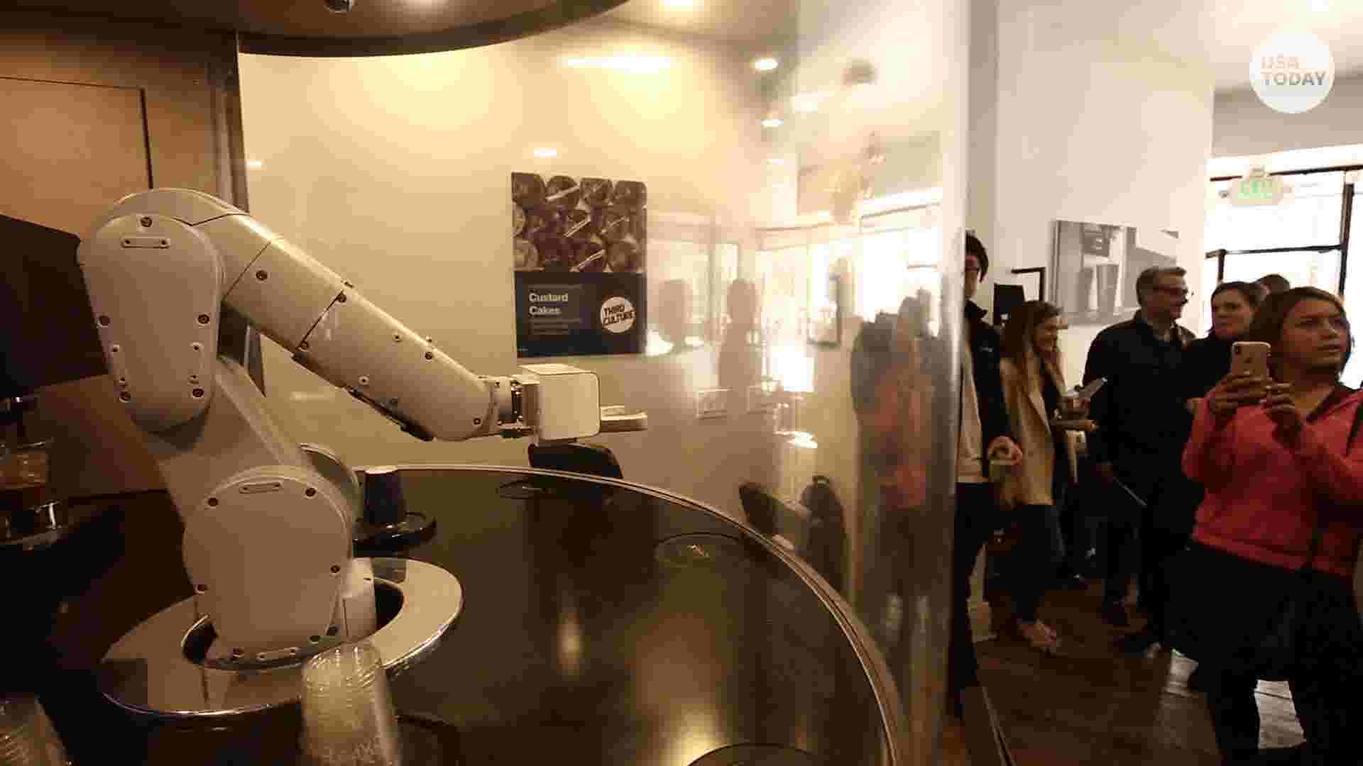 Robots invade foodie San Francisco, promising low prices, tasty meals and cheap labor
