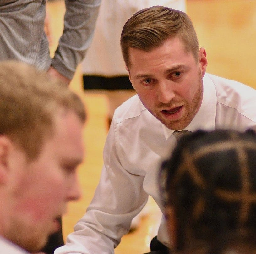 Bremerton's Rollman forged own path into college basketball coaching