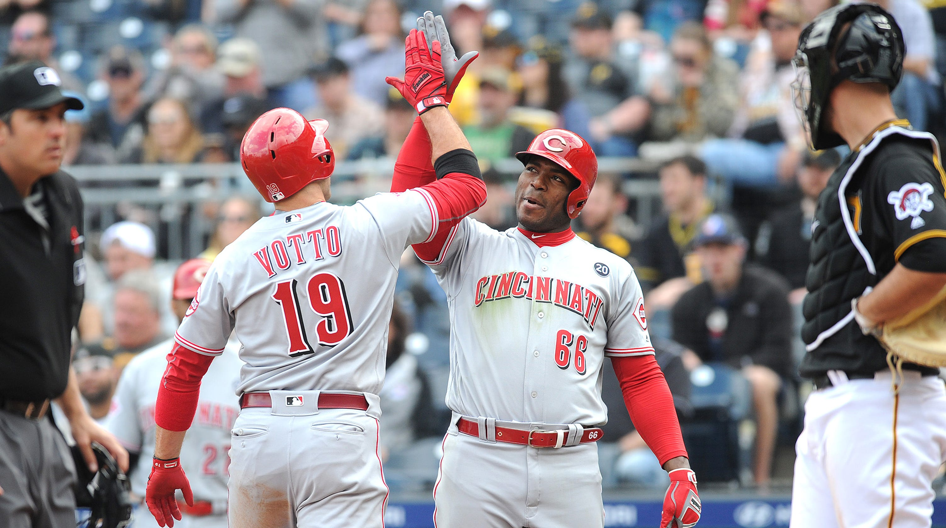 Yasiel Puig On Reds Joey Votto Hes The Best Guy Ive Ever Met