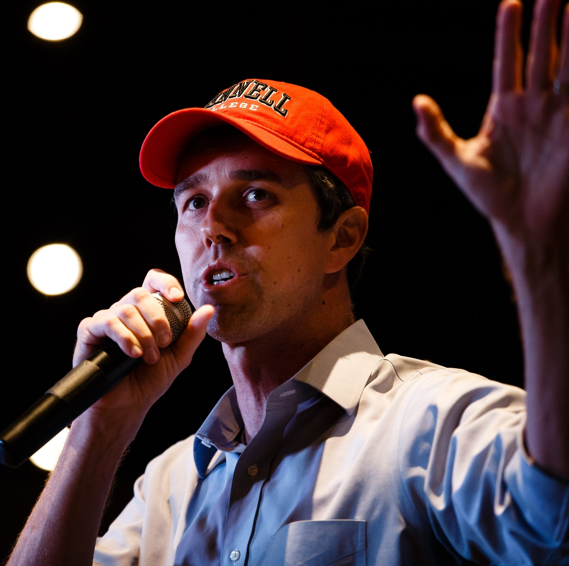 Beto O'Rourke hires 16-person Iowa caucus staff as he scales up organizing efforts