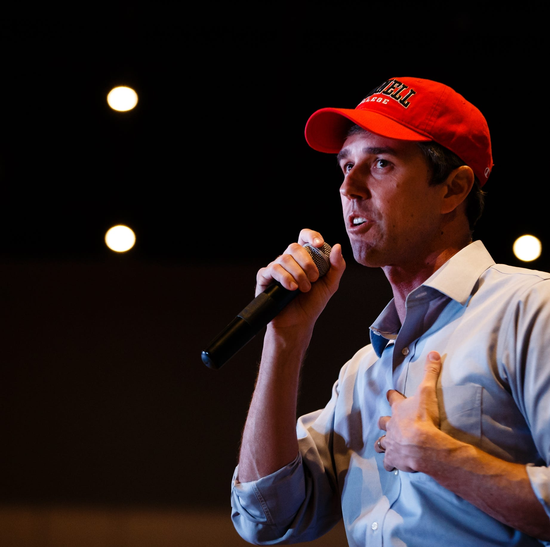 In Iowa, Beto O'Rourke says non-union members should pay union dues