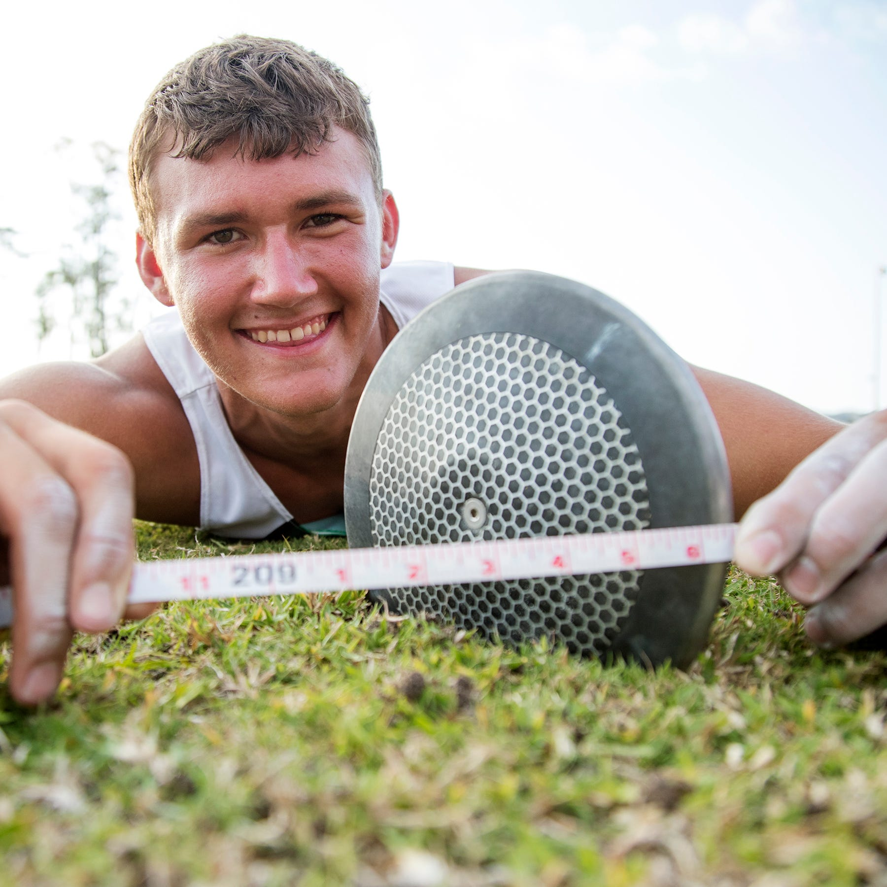 Fort Myers High's Jacob Lemmon shatters Florida high school boys discus record