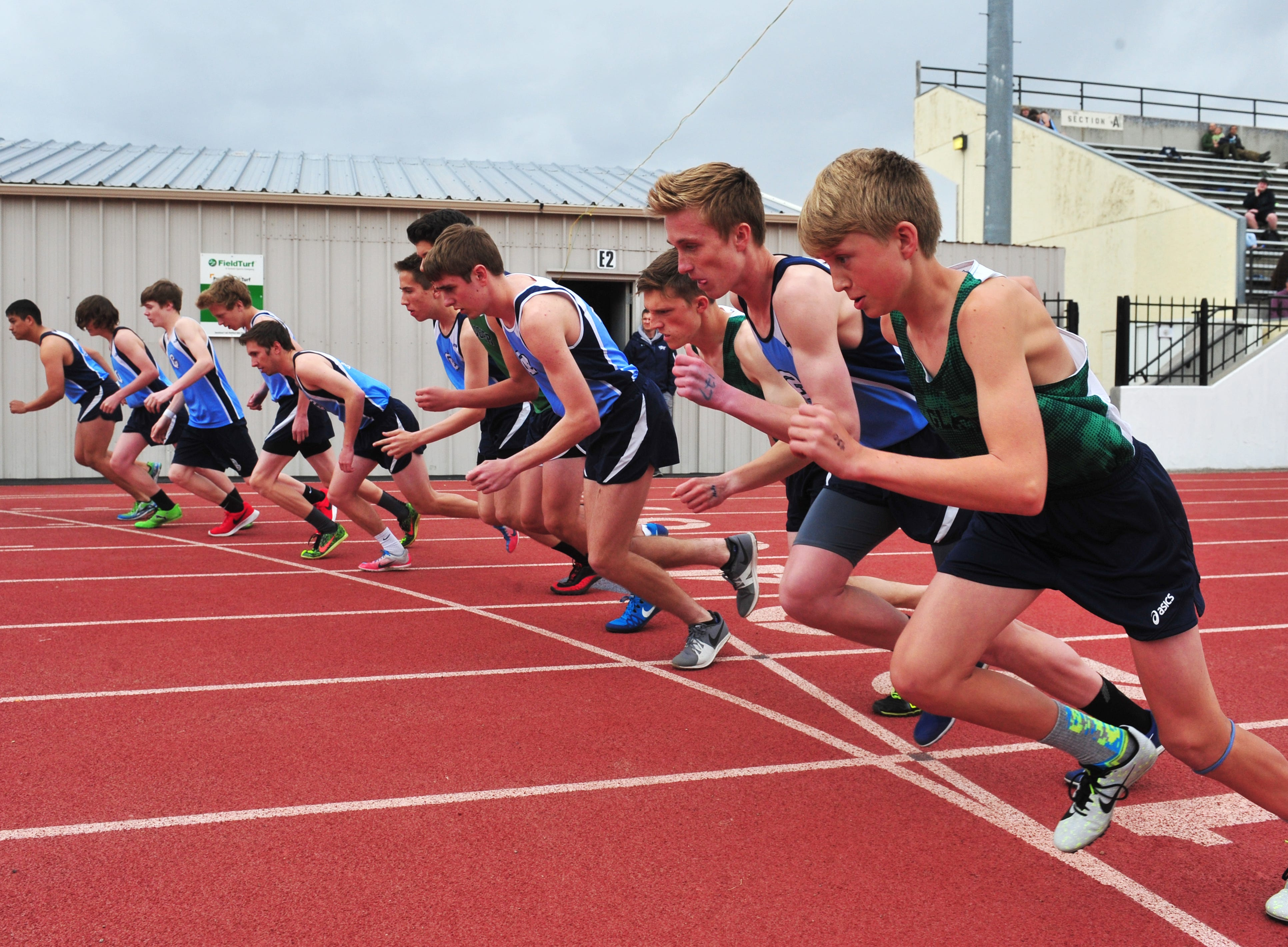 The 1600m race gets underway during Friday's track meet between Great Falls High and Glacier.