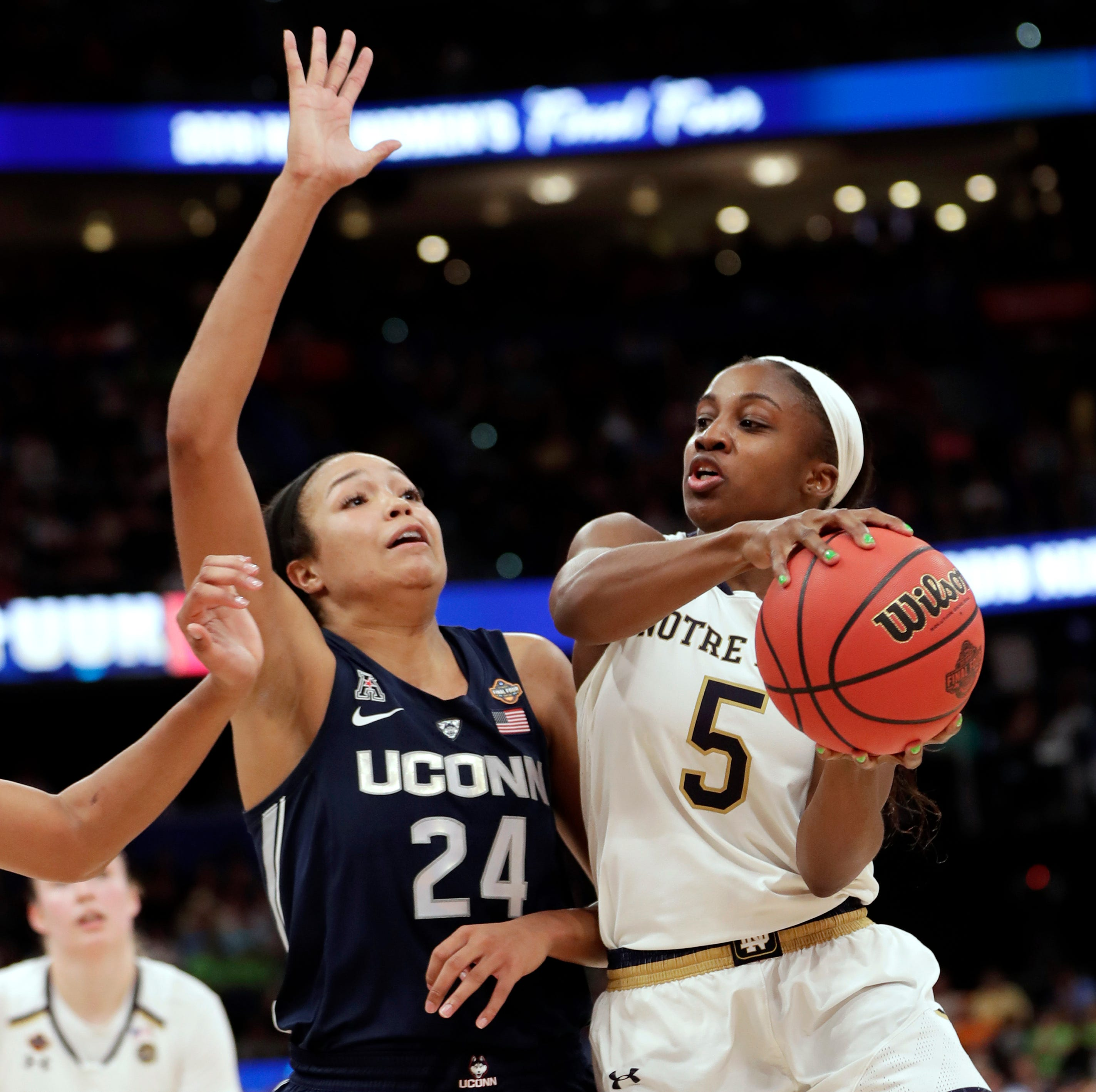 Notre Dame's Jackie Young says she will enter WNBA Draft