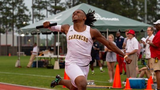 Trejun Jones wins 4x100 relay at The 2019 Beaver Club Relays. Friday, April 5, 2019.