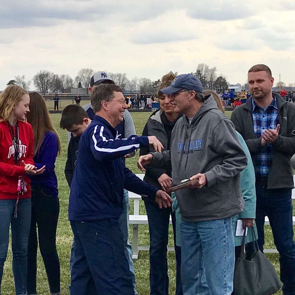River Valley honors Dave Rich as former track standout, coach