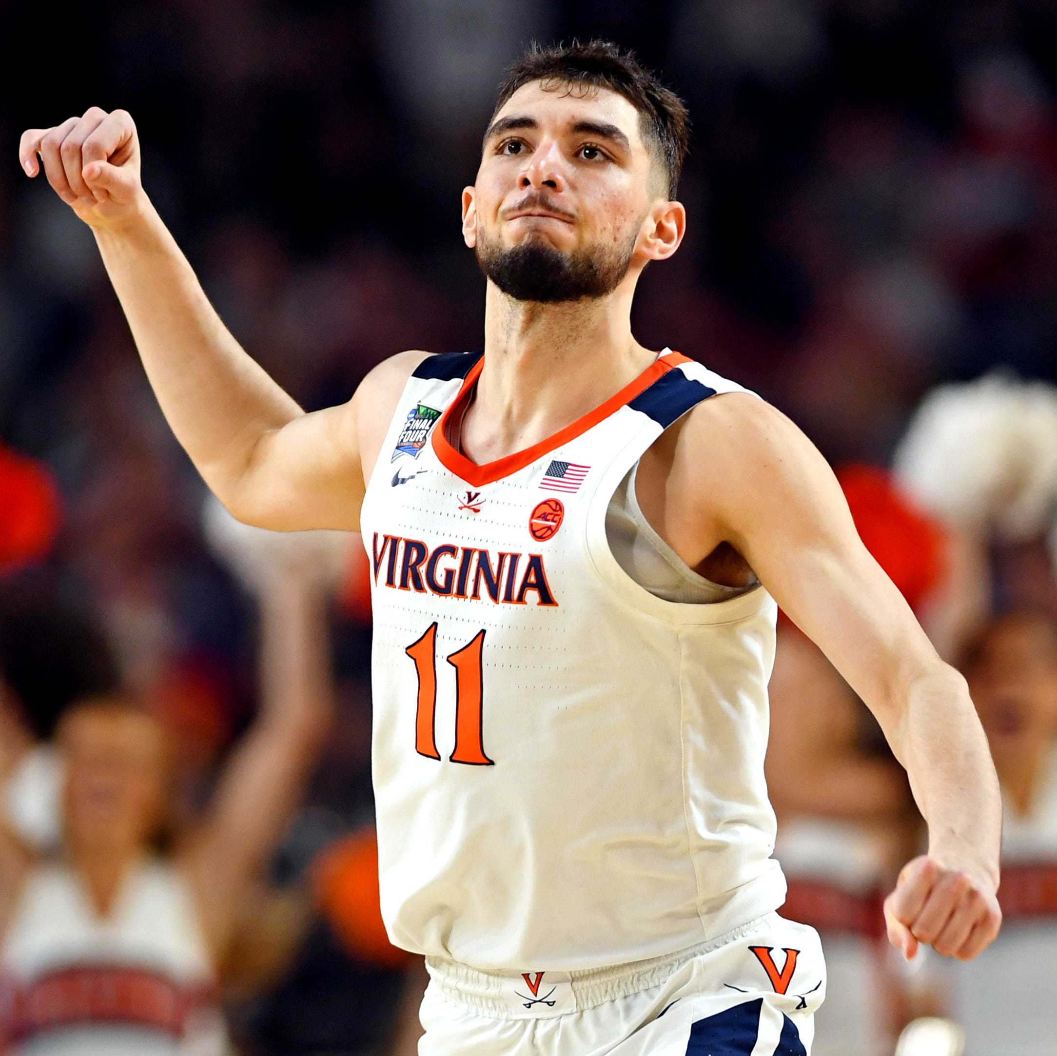 Video: Did UVA's Ty Jerome double dribble against Auburn? Twitter seems to think so.