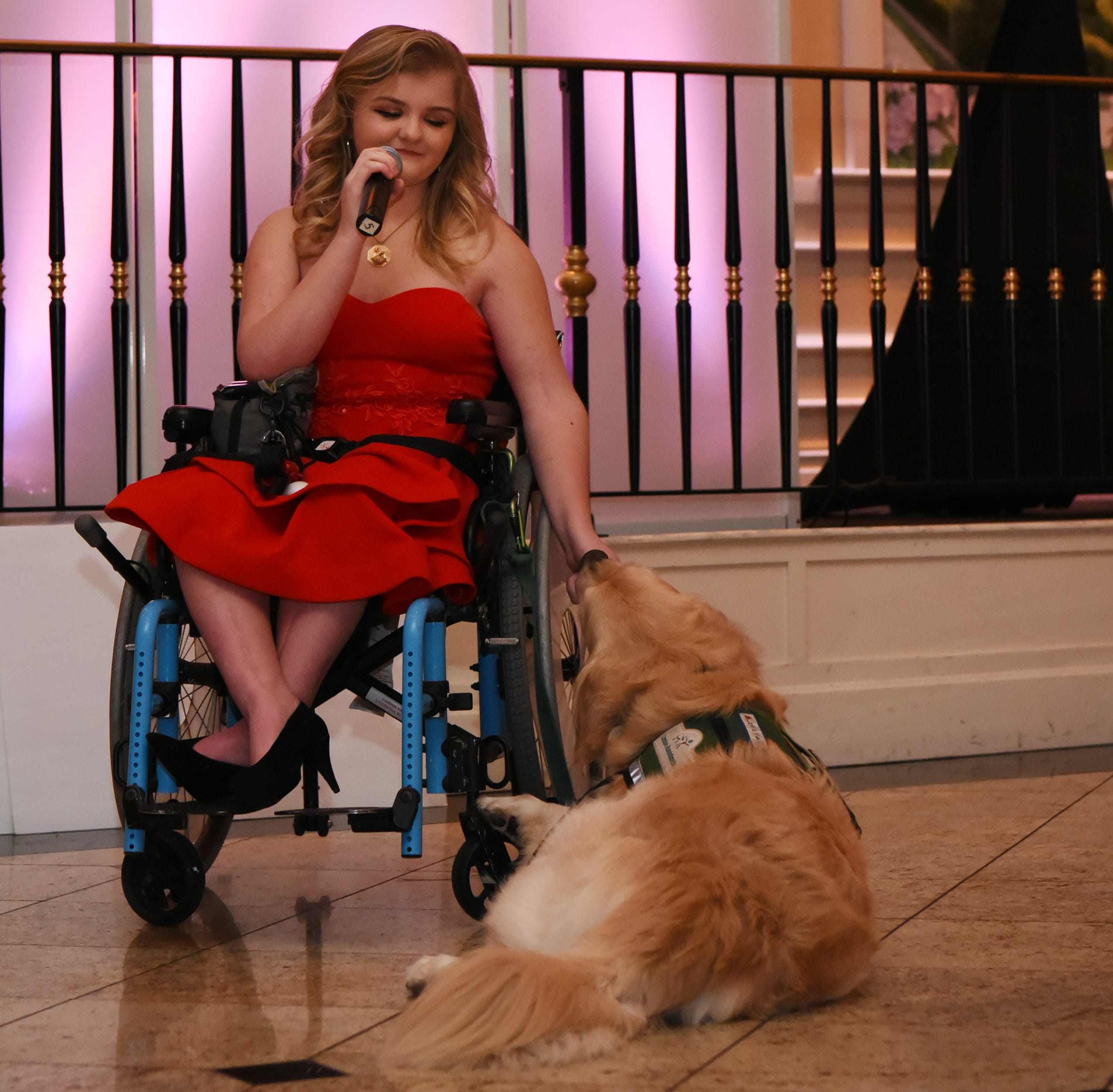 Hasbrouck Heights girl stars in 'Wizard of Oz' with her service dog as Toto