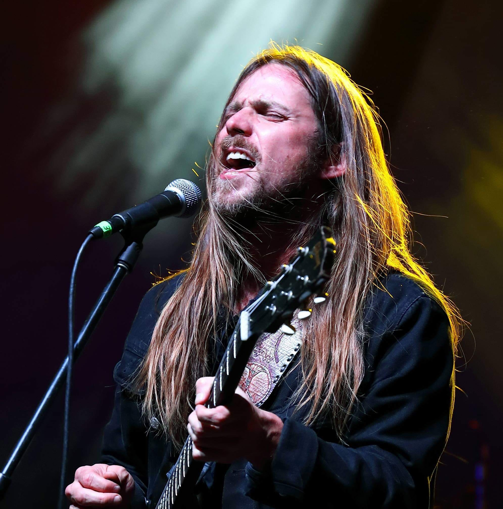 Lukas Nelson, Buddy Guy and Toby Lee, 14, lead shred fest at Garden Jam, Indian Wells