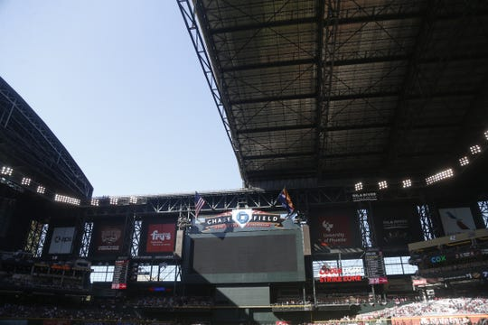 The roof fails to completely open before a Diamondbacks vs Red Sox game at Chase Field on the Opening Day for the Diamondbacks in Phoenix, Ariz. on April 5, 2019.
