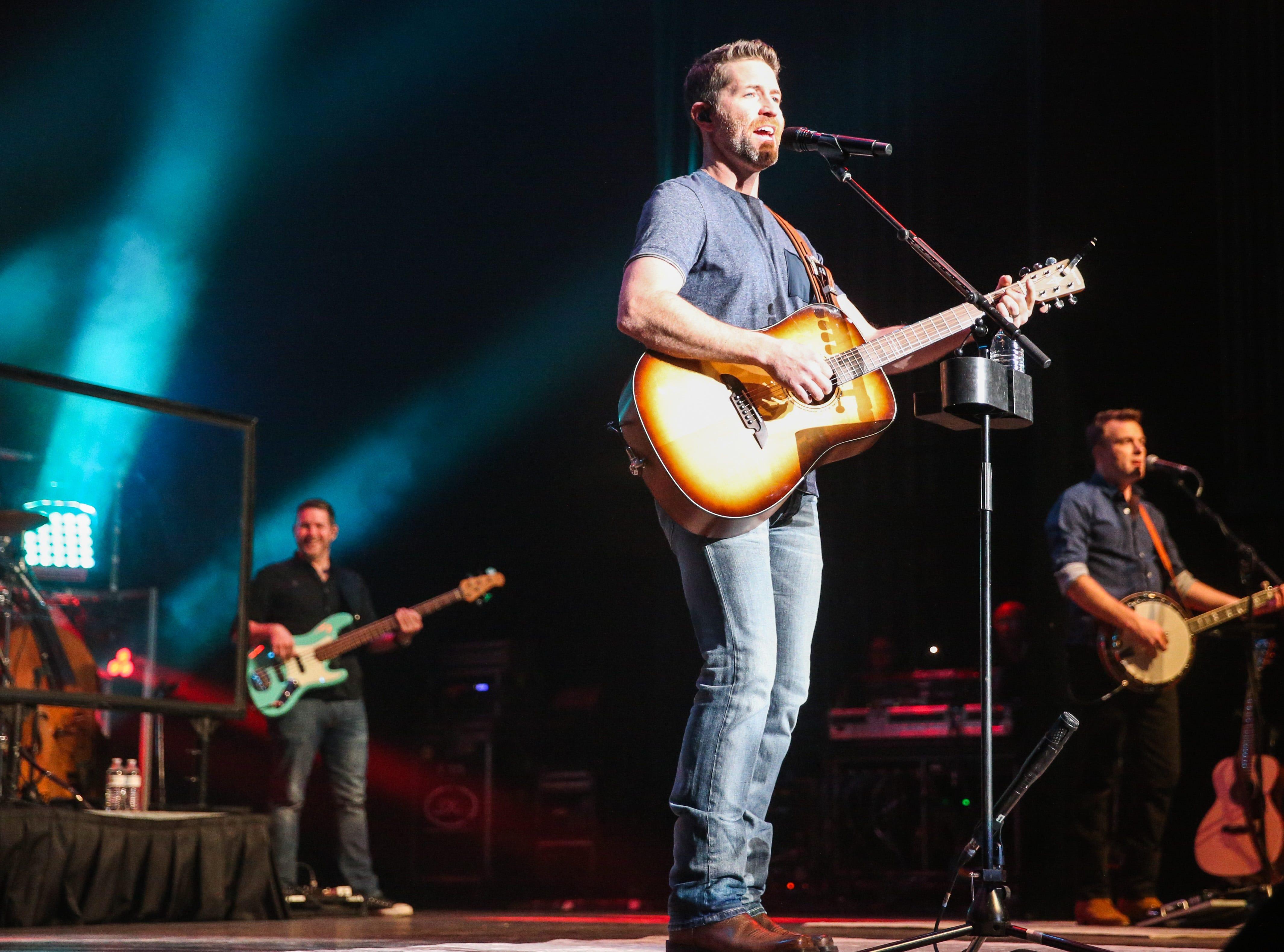 Josh Turner performs Friday, April 5, 2019, at Murphey Performance Hall.