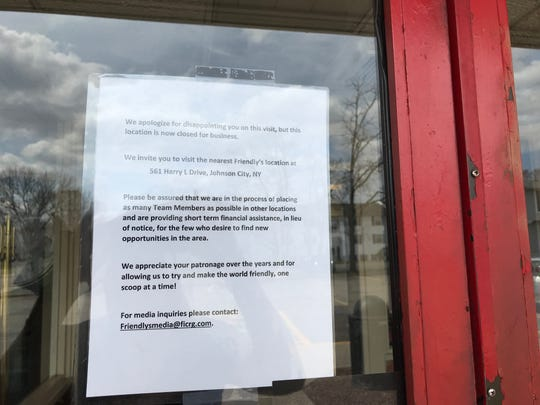 A note posted on the door of the Friendly's in Endicott.