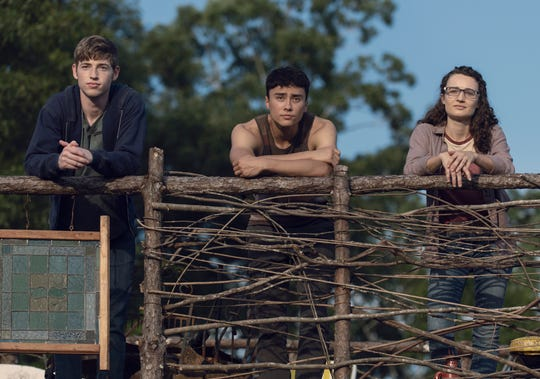 Jackson Pace as Gage, Joe Ando-Hirsh as Rodney, Kelley Mack as Addy in episode 8, season 9 of The Walking Dead.