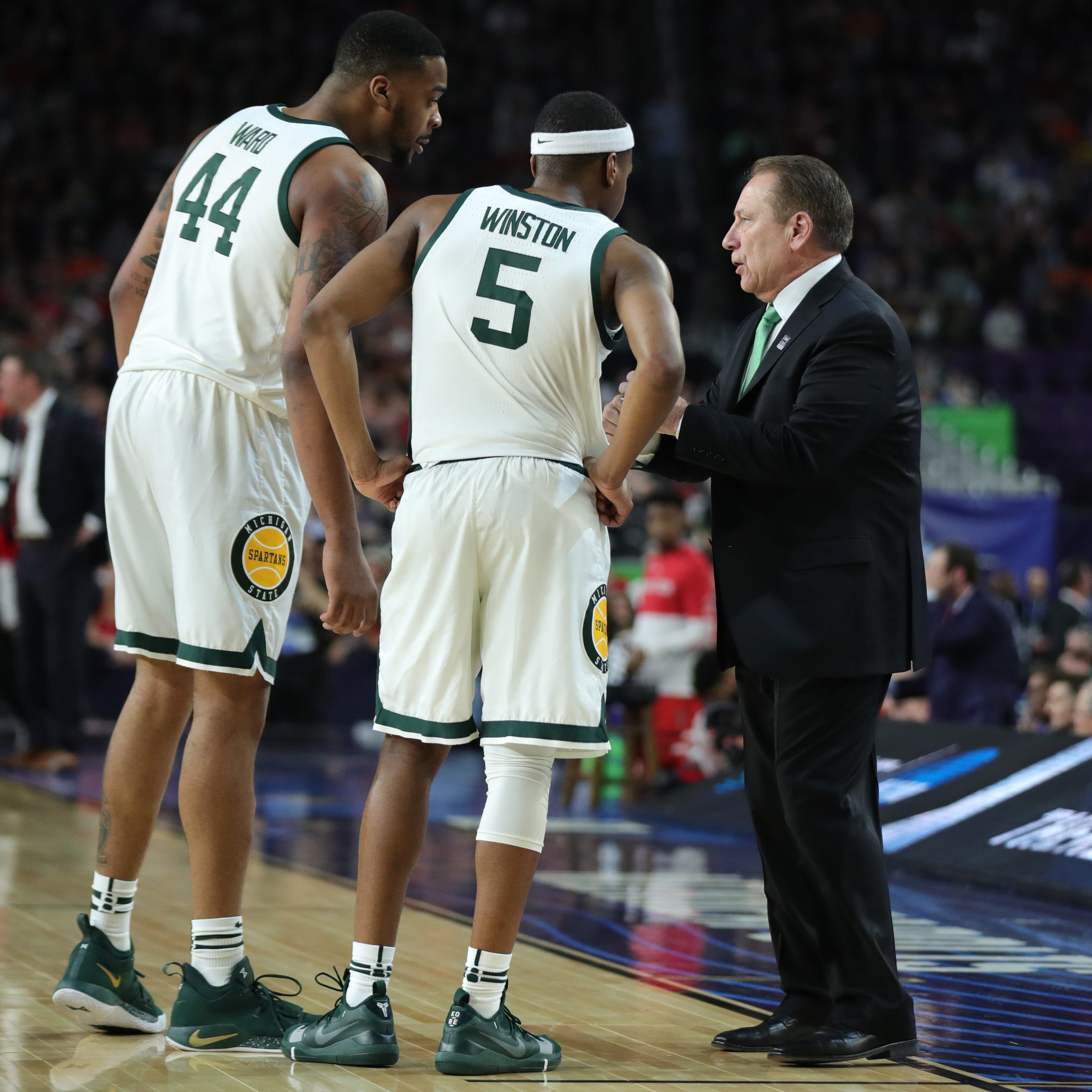 Michigan State players face decision: Chase NCAA title or test NBA draft?