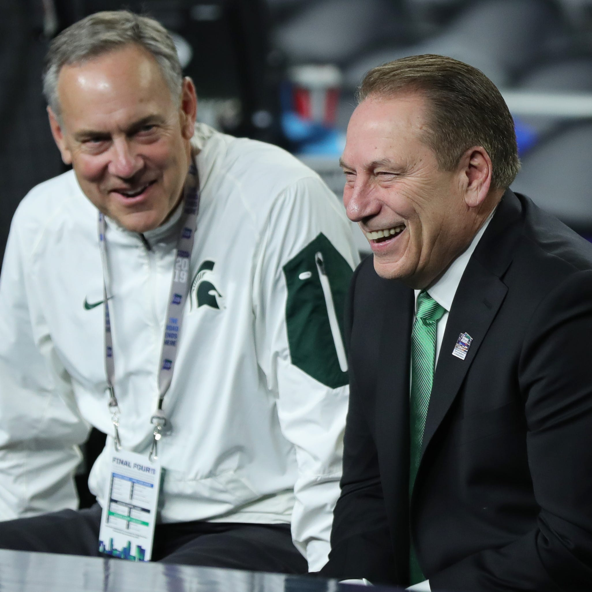 Michigan State football team takes Final Four bus trip, gets 'awesome' experience