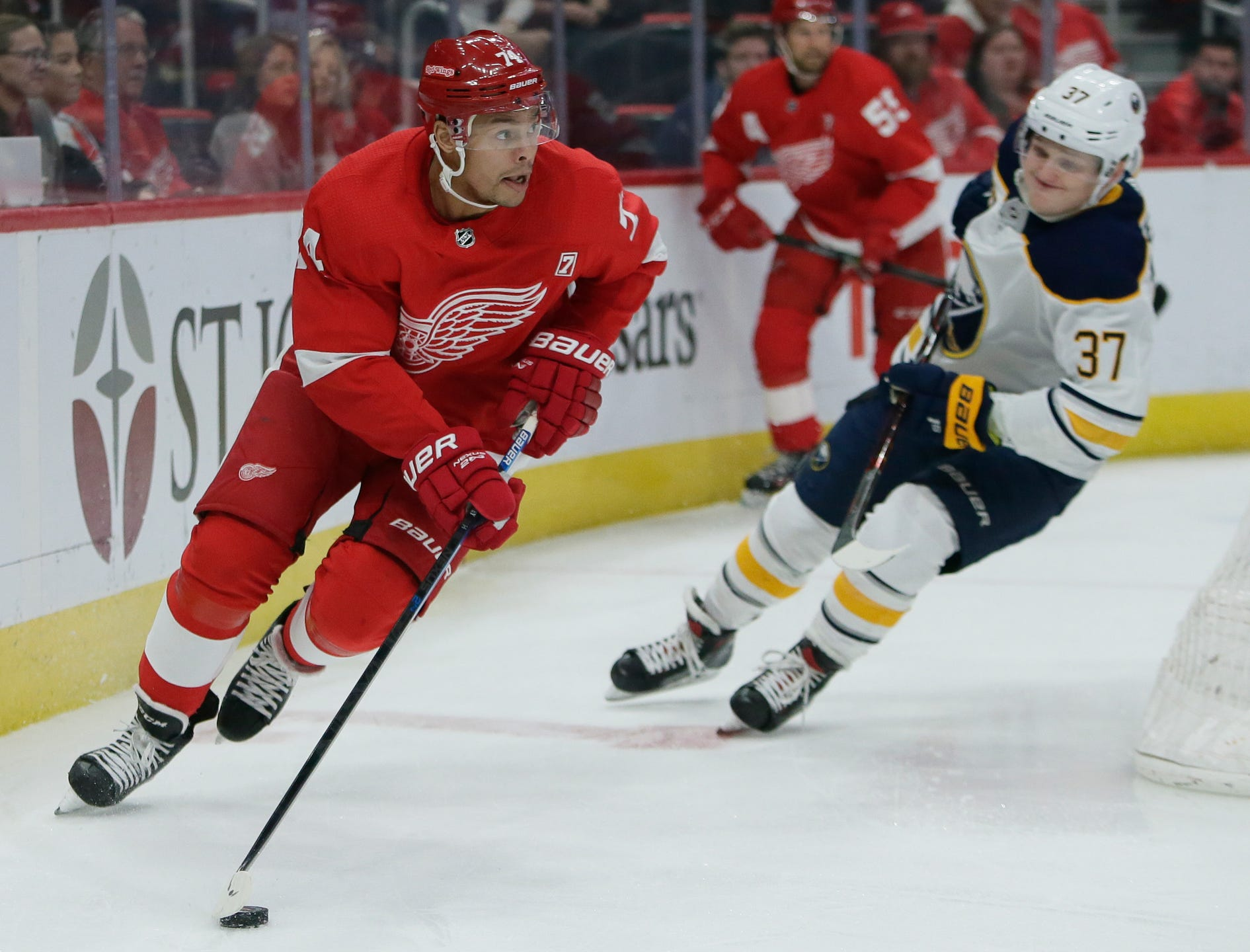 san francisco 25d49 ba9f6 Buffalo Sabres 7, Detroit Red Wings 1: Photos from season finale