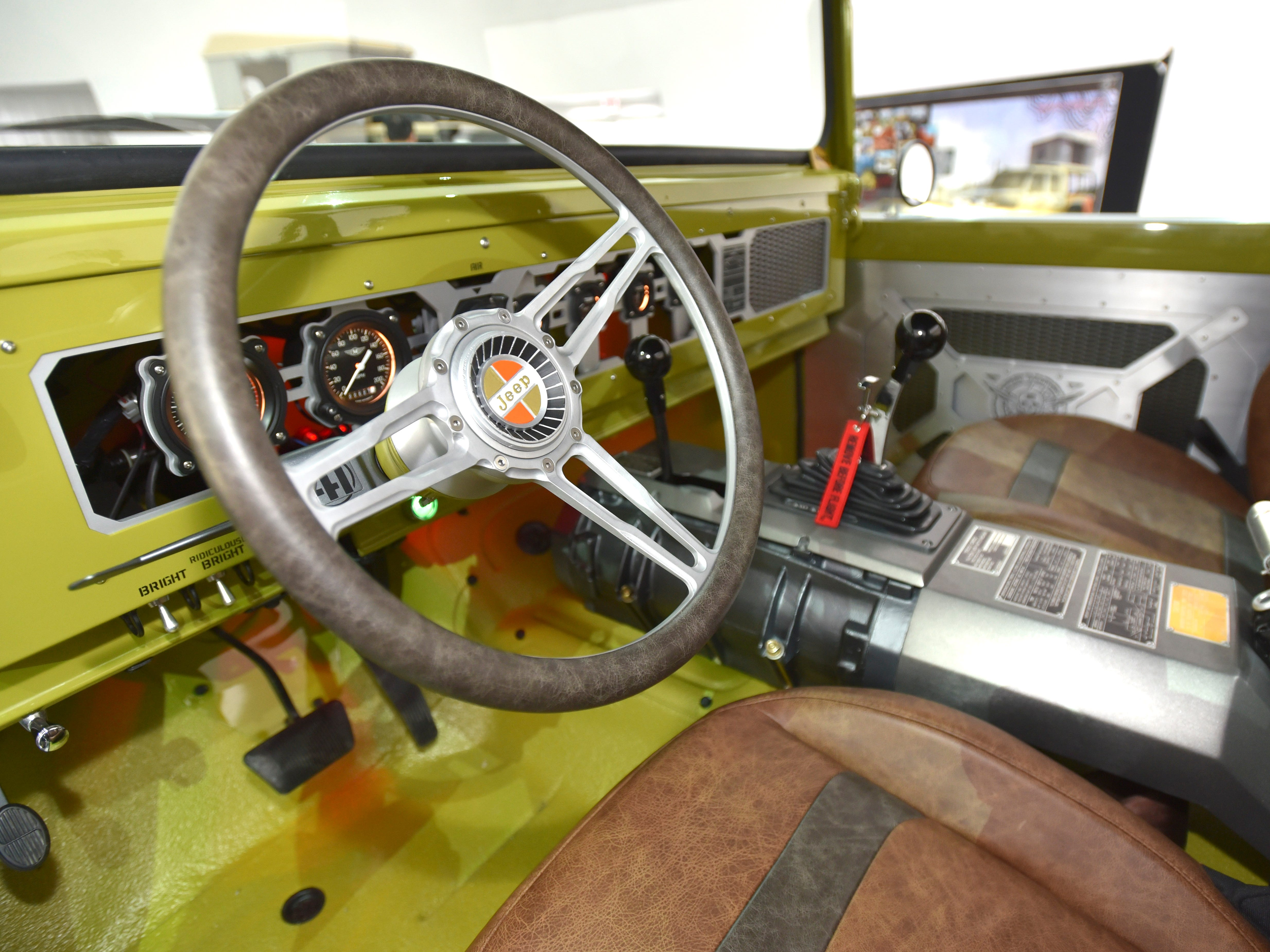 This is the steering wheel of the Jeep M-715 Five-Quarter.