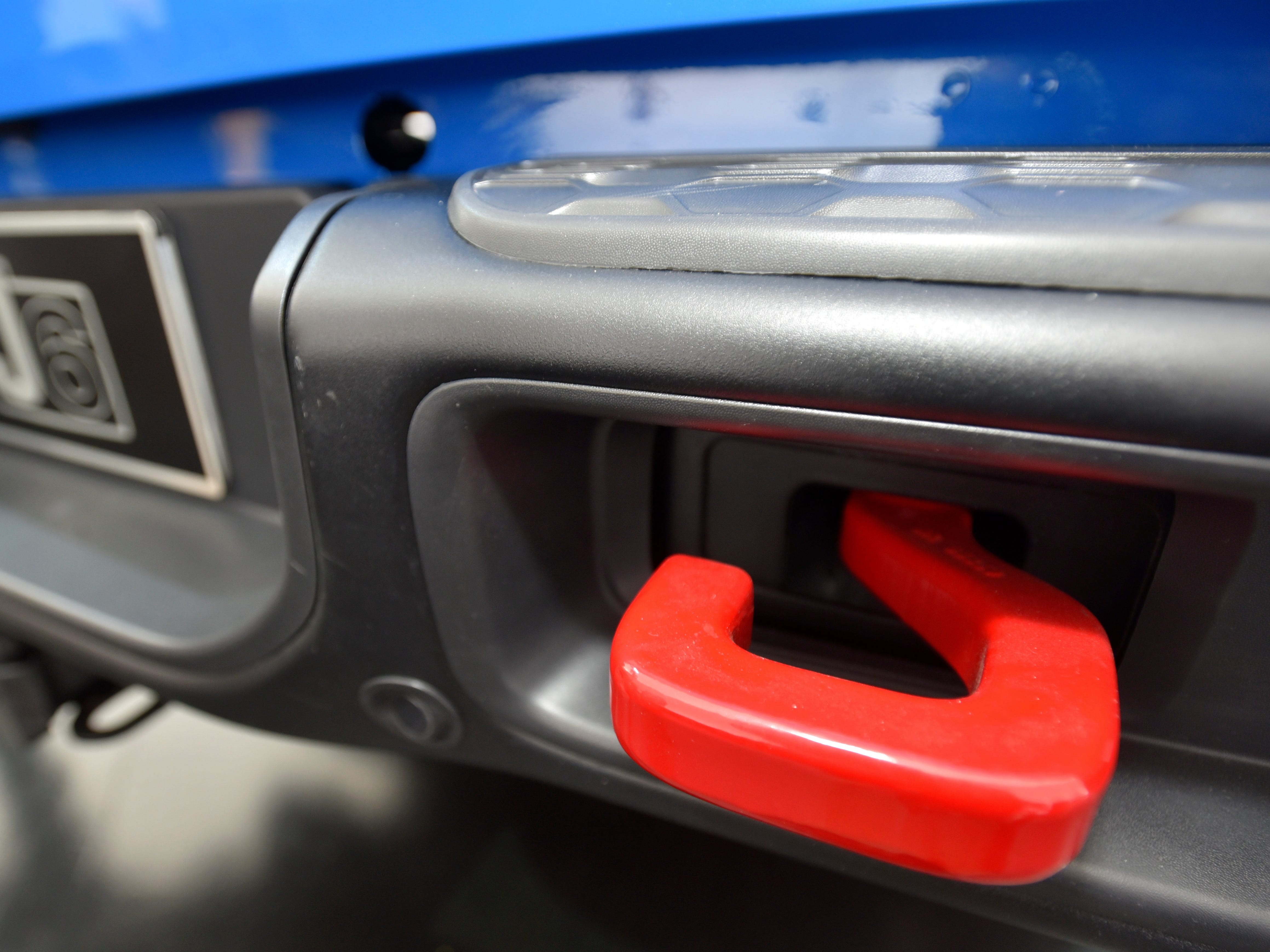 This is one of two tow hooks on the Jeep J6 concept in Metallic Brilliant Blue.