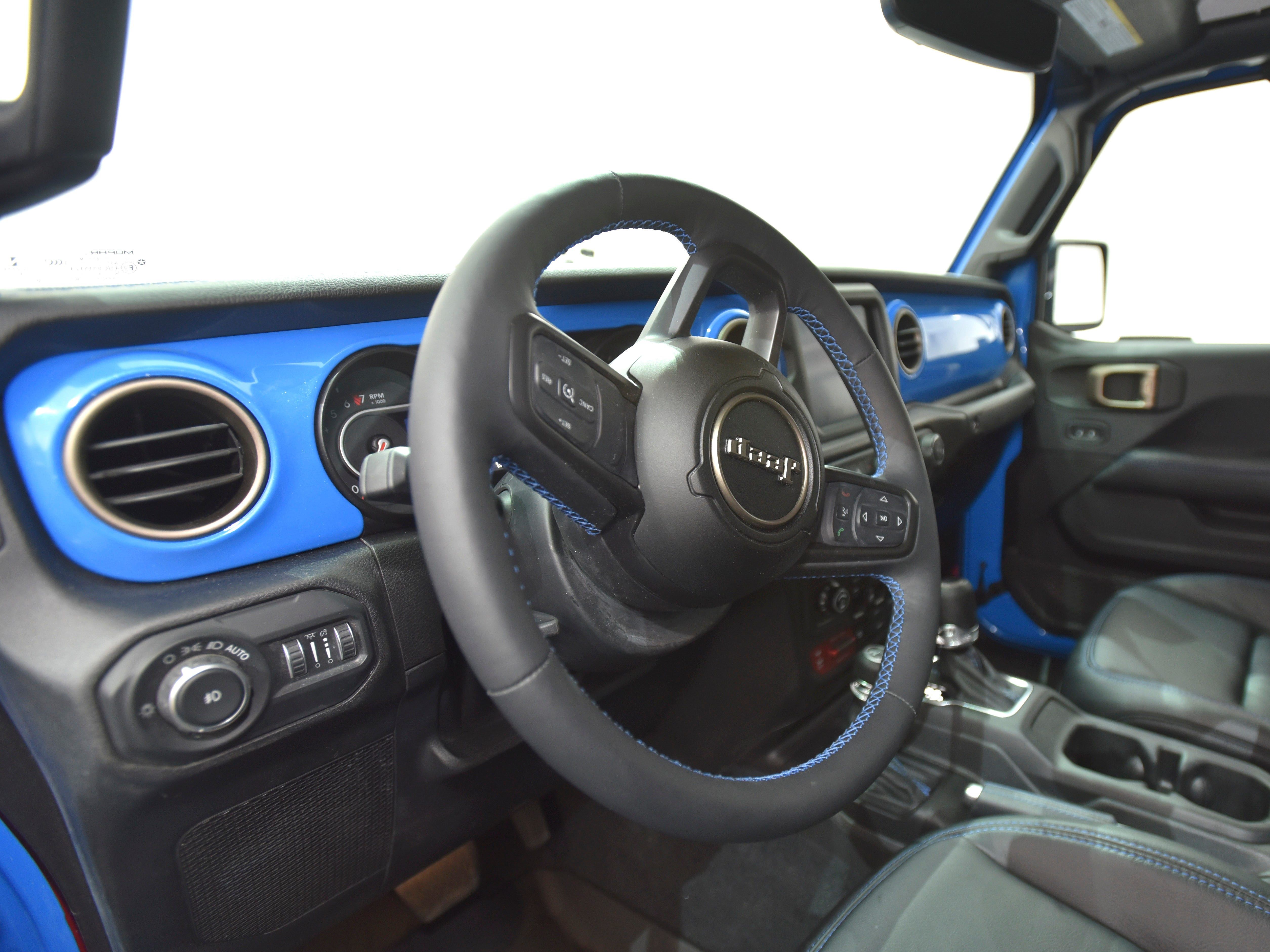 This is the steering wheel in the Jeep J6 concept in Metallic Brilliant Blue.