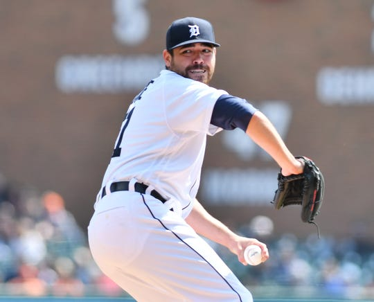 Tigers pitcher Matt Moore suffered a sprained knee in Saturday's start against the Royals.