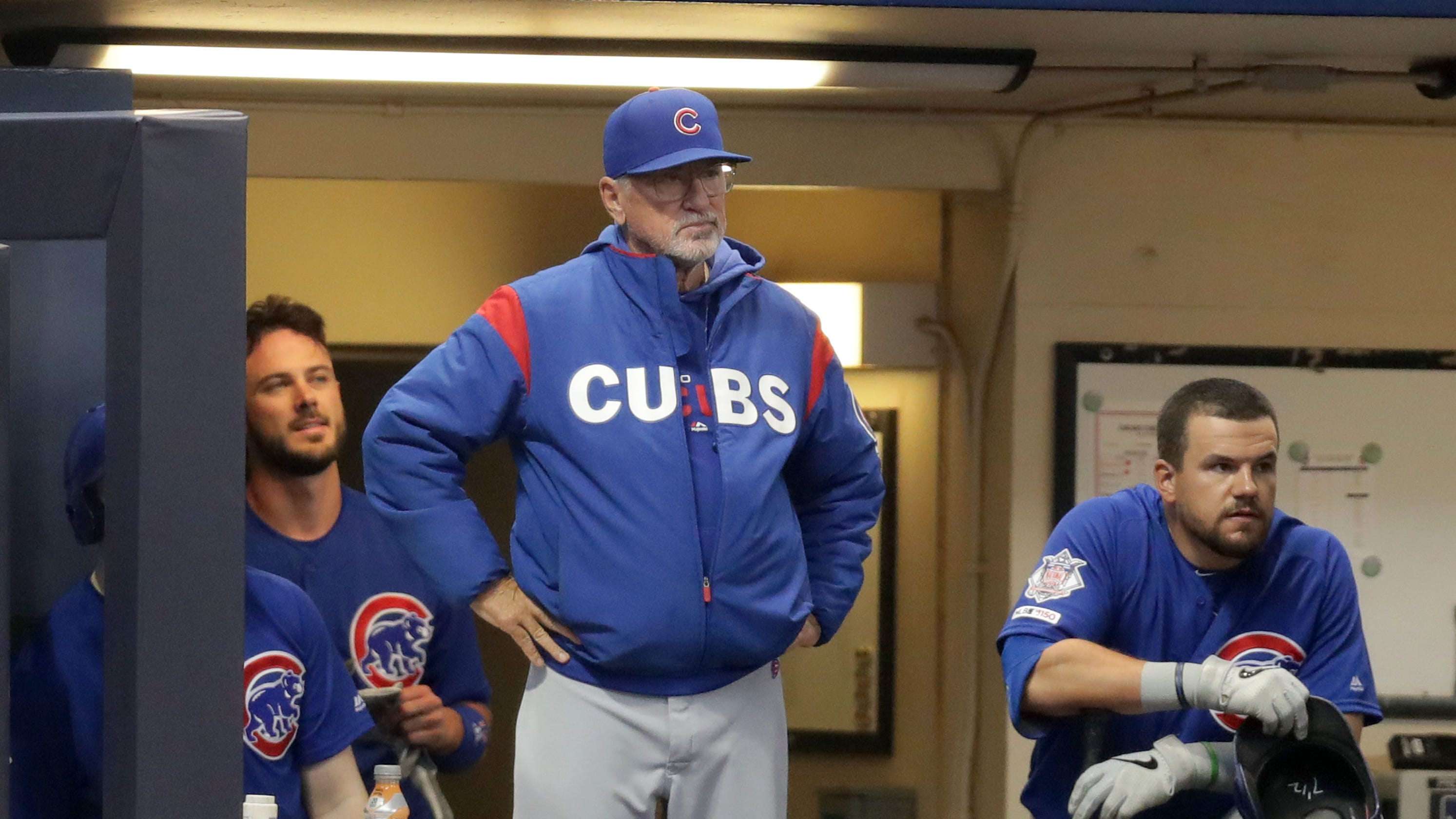 8b30ed278b4 Cameras catch a humorous exchange between Joe Maddon and Craig Counsell