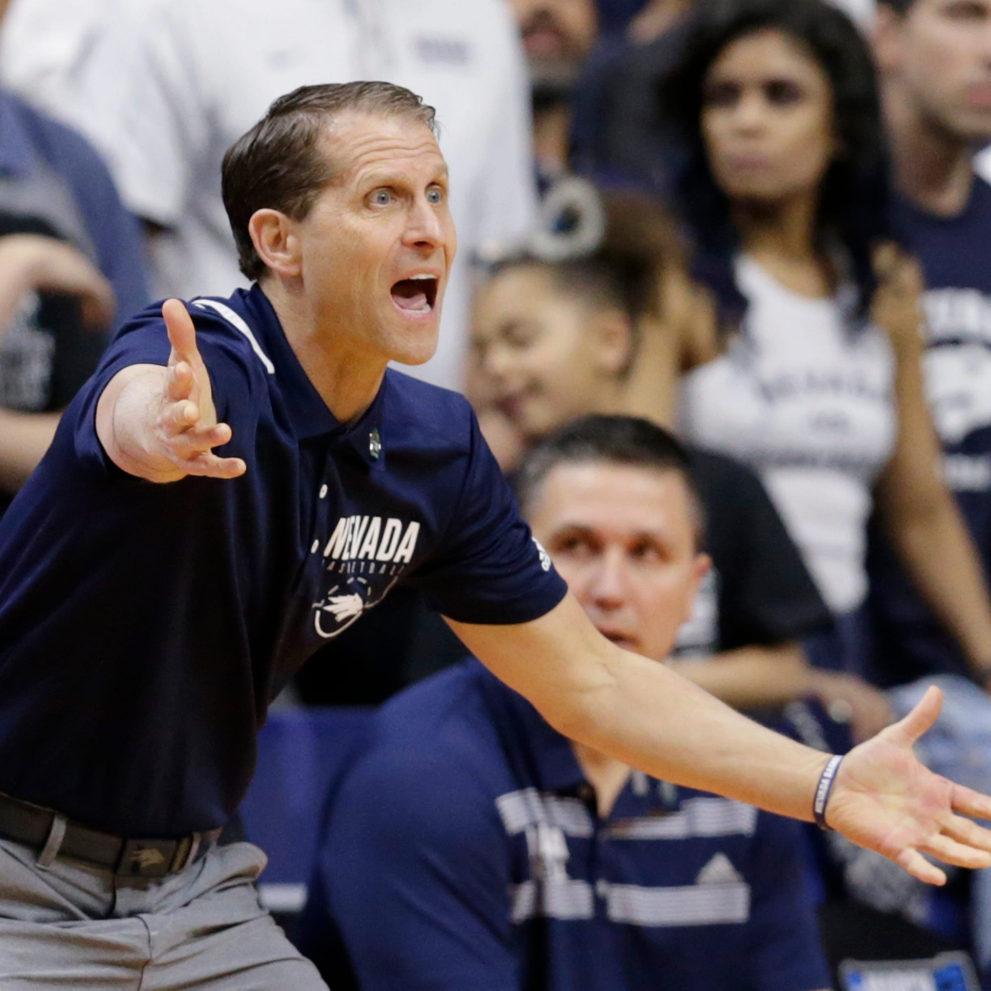 Arkansas offers Eric Musselman head coaching job