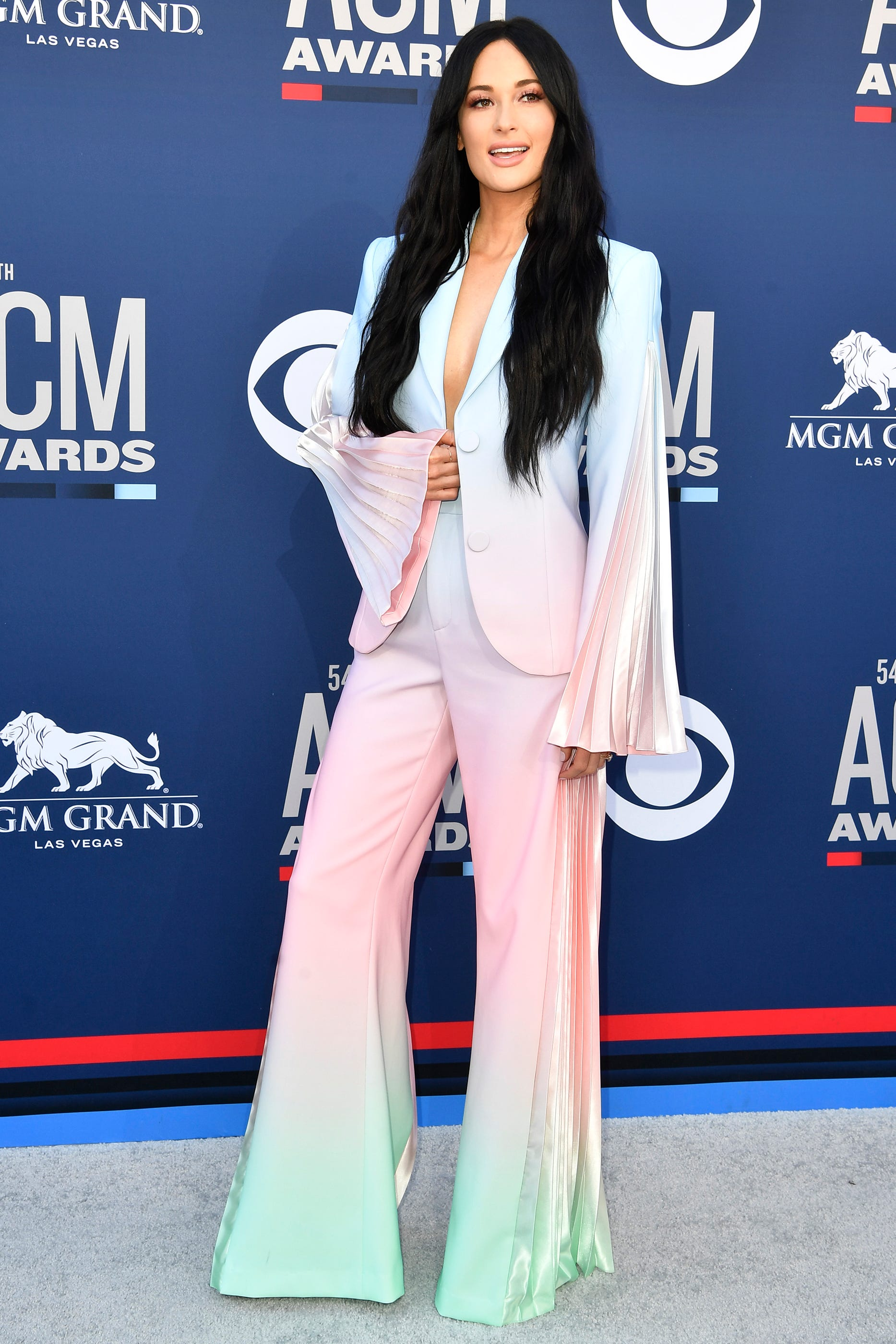 ACM Awards fashion: Kacey Musgraves, Miranda Lambert and other red carpet highlights