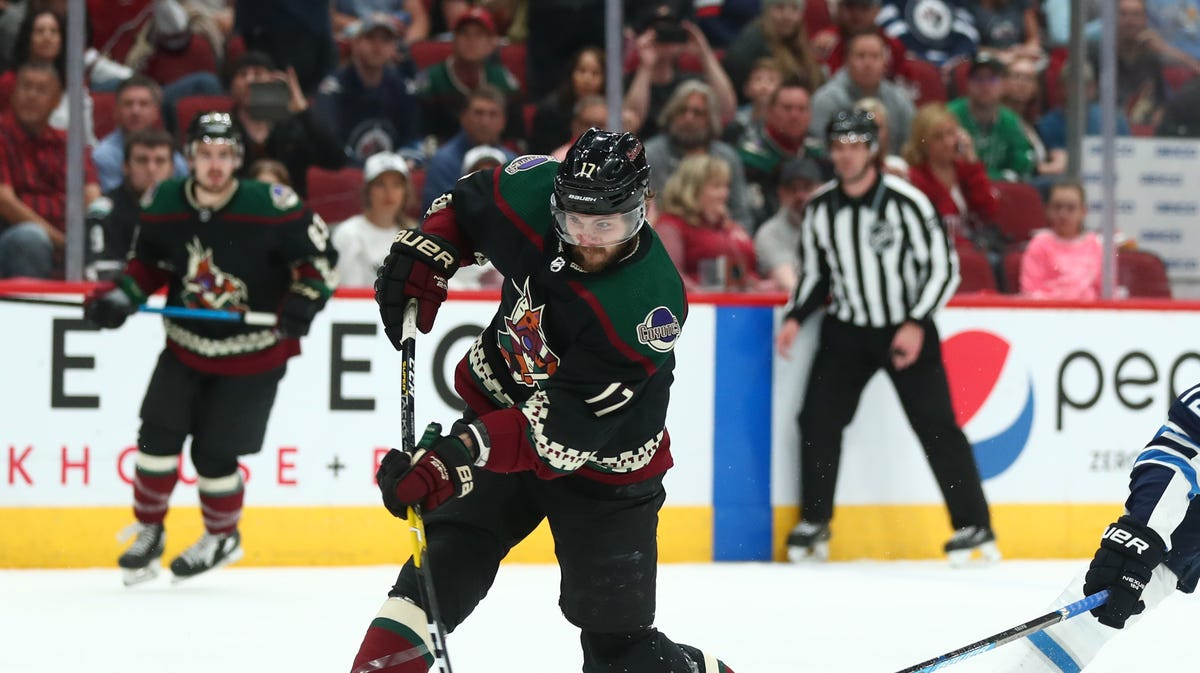 Coyotes set to open training camp, bring in Alex Galchenyuk on pro tryout contract
