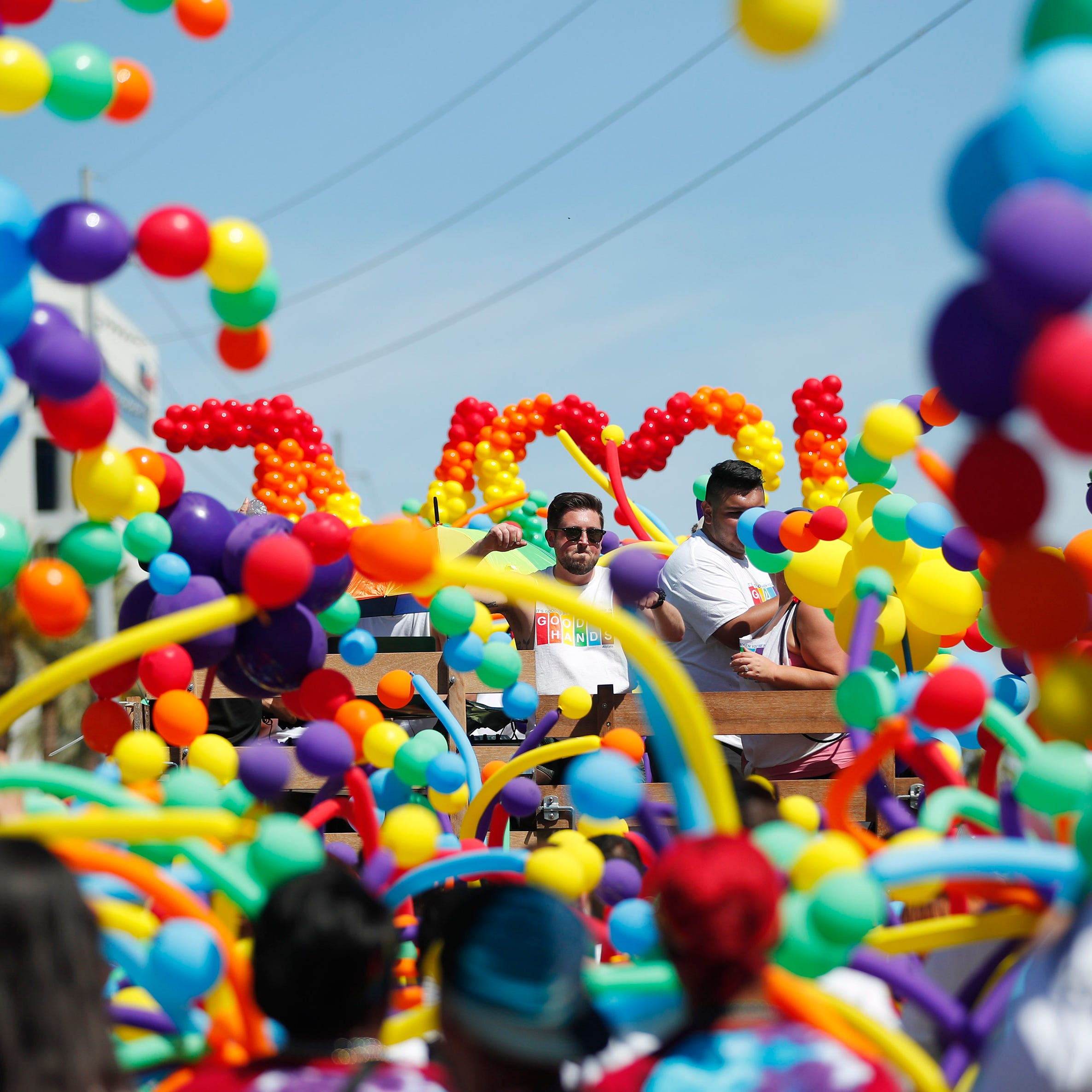 Nearly 20,000 gather to celebrate LGBTQ community at Phoenix Pride Parade