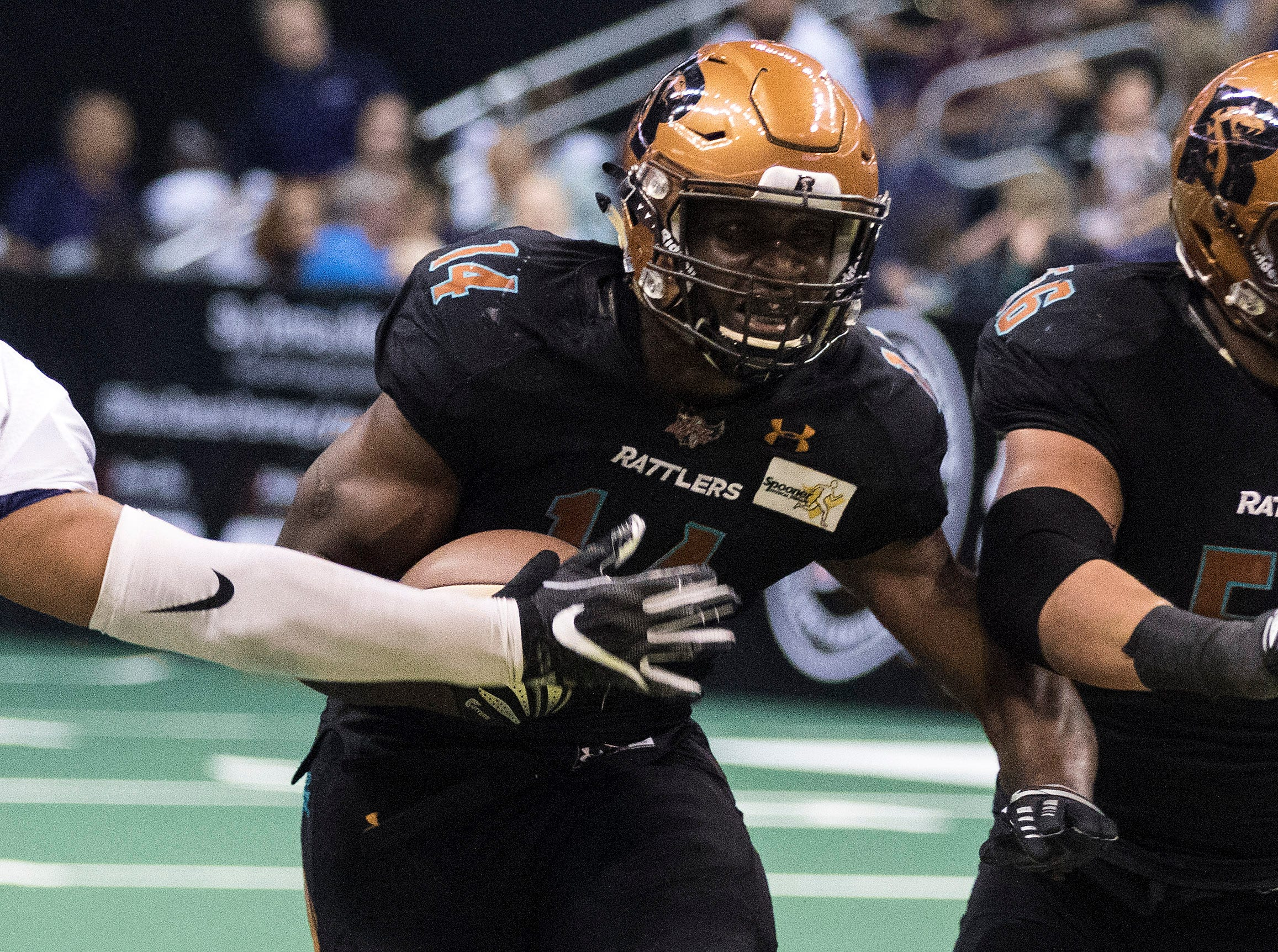 Arizona Rattlers' Darrell Monroe finds a hole against San Diego Strike Force's defense during the first half of their game at Talking Stick Resort Arena in Phoenix Friday, April. 6, 2019.