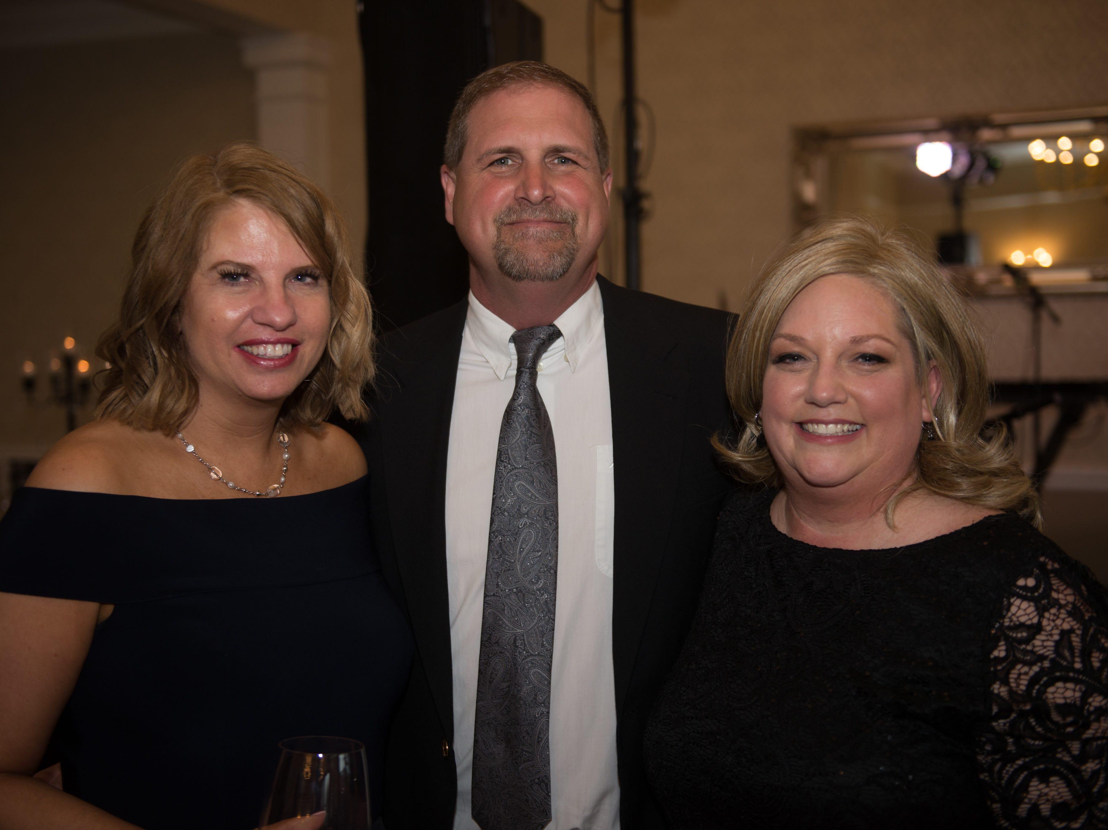 Sheila Lundberg, Tammy and Tony Dixon