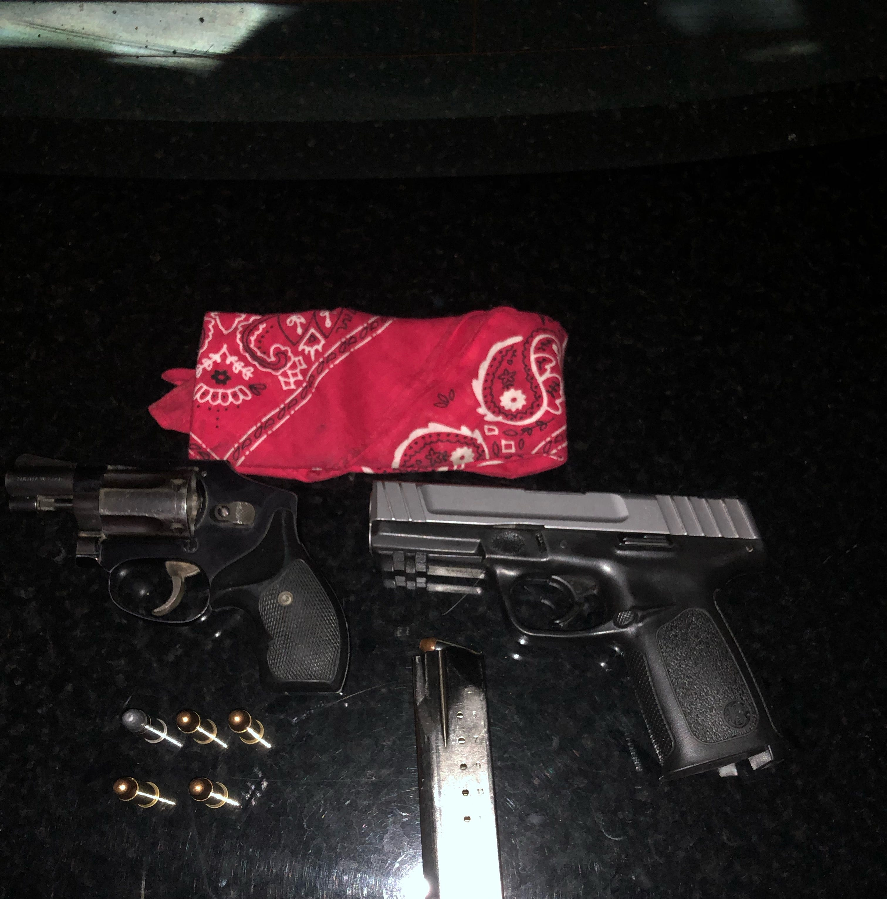 Two 'self-admitted' gang members arrested after Visalia police find loaded guns