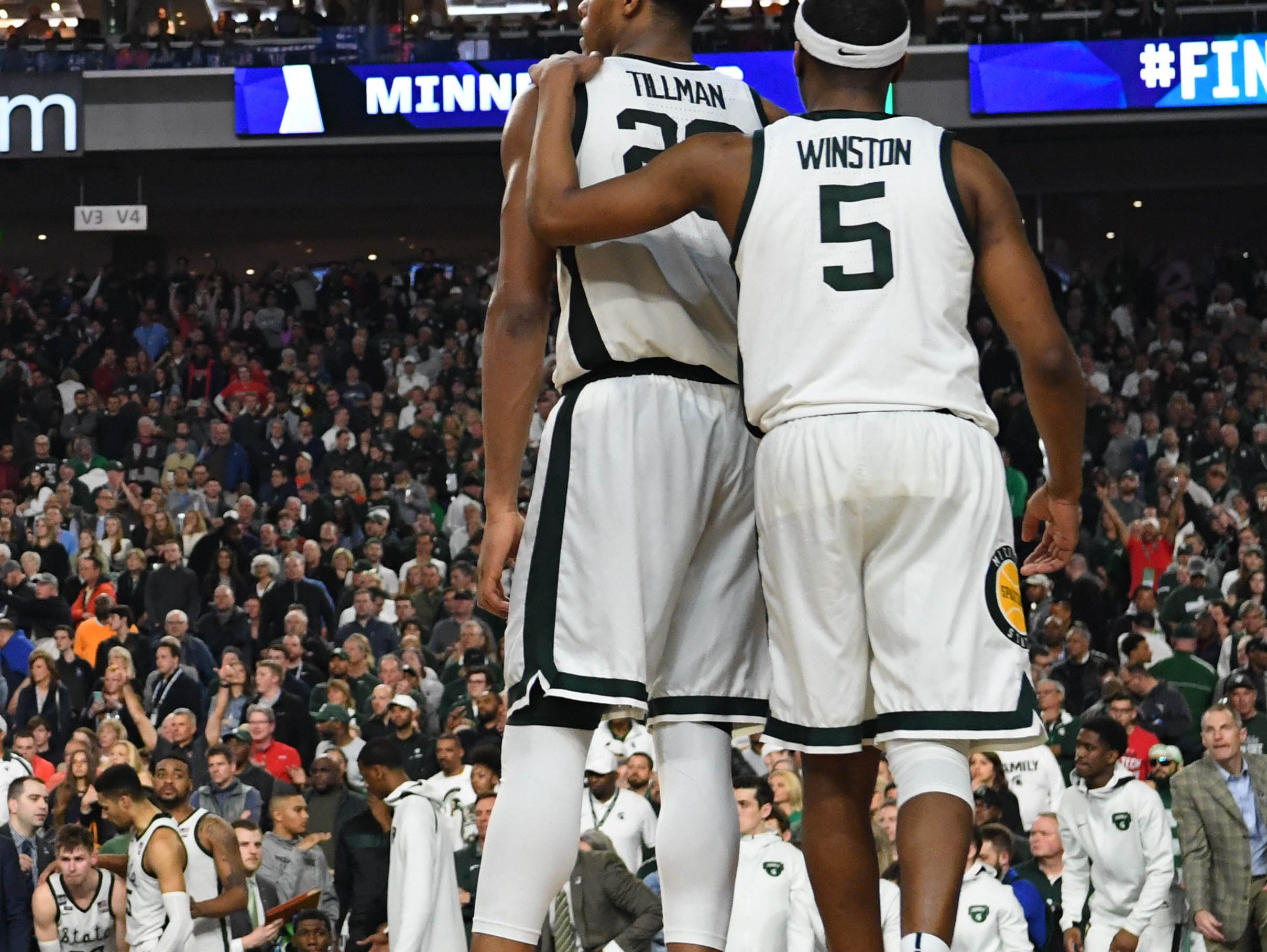 Final Four: No. 2 Michigan State loses to No. 3 Texas Tech, 61-51.