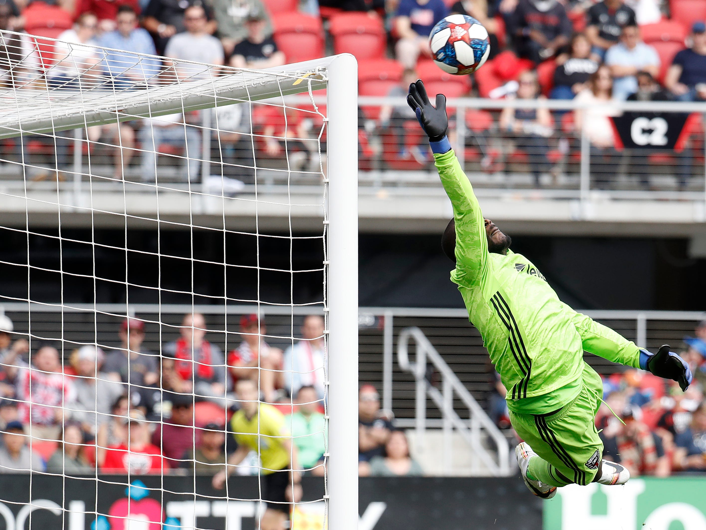 D.C. United goalkeeper Bill Hamid makes a save against Los Angeles FC in the second half at Audi Field. LAFC won the game, 4-0.