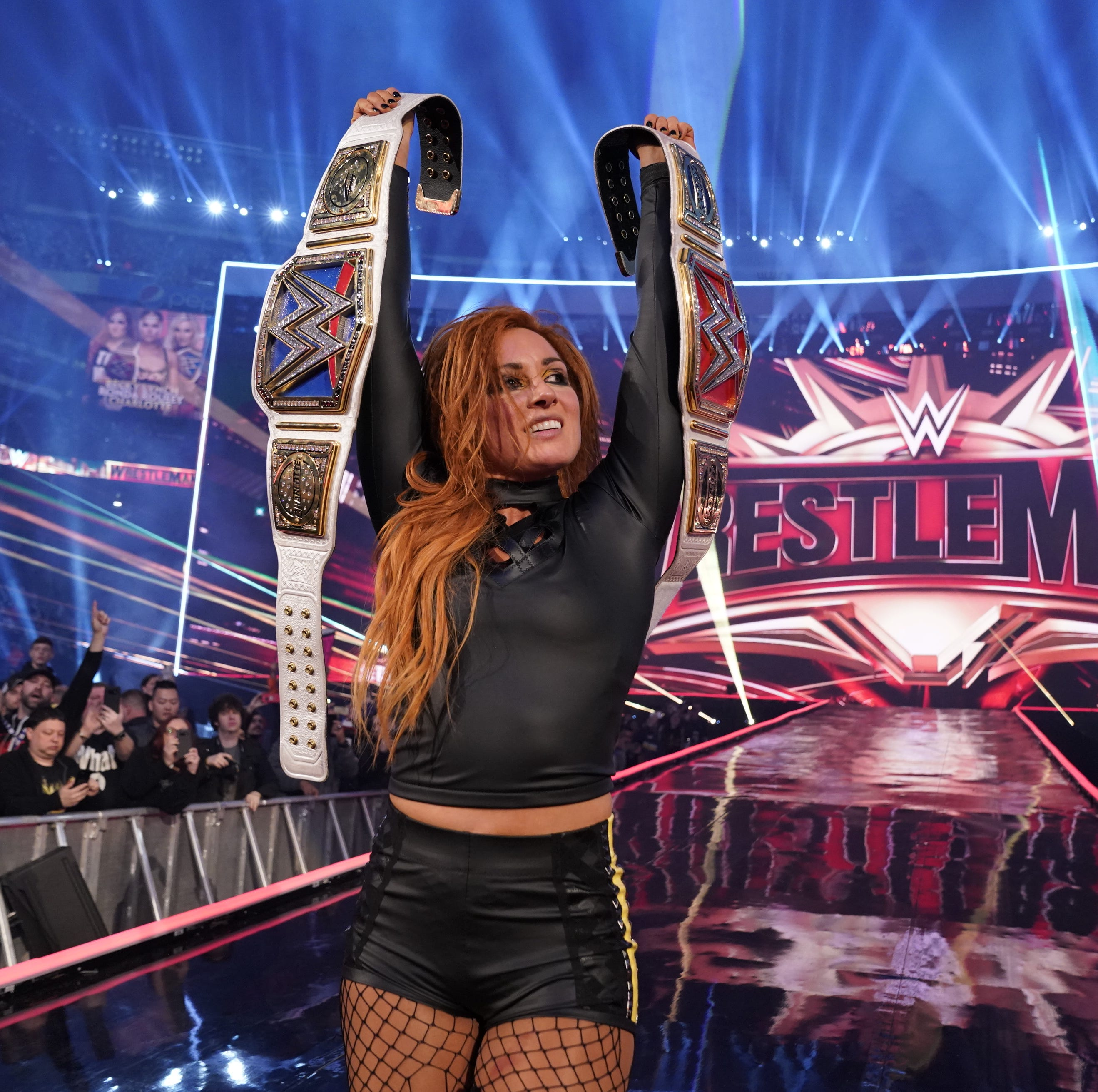 WrestleMania 35: Becky Lynch, Kofi Kingston win championships at MetLife Stadium spectacle