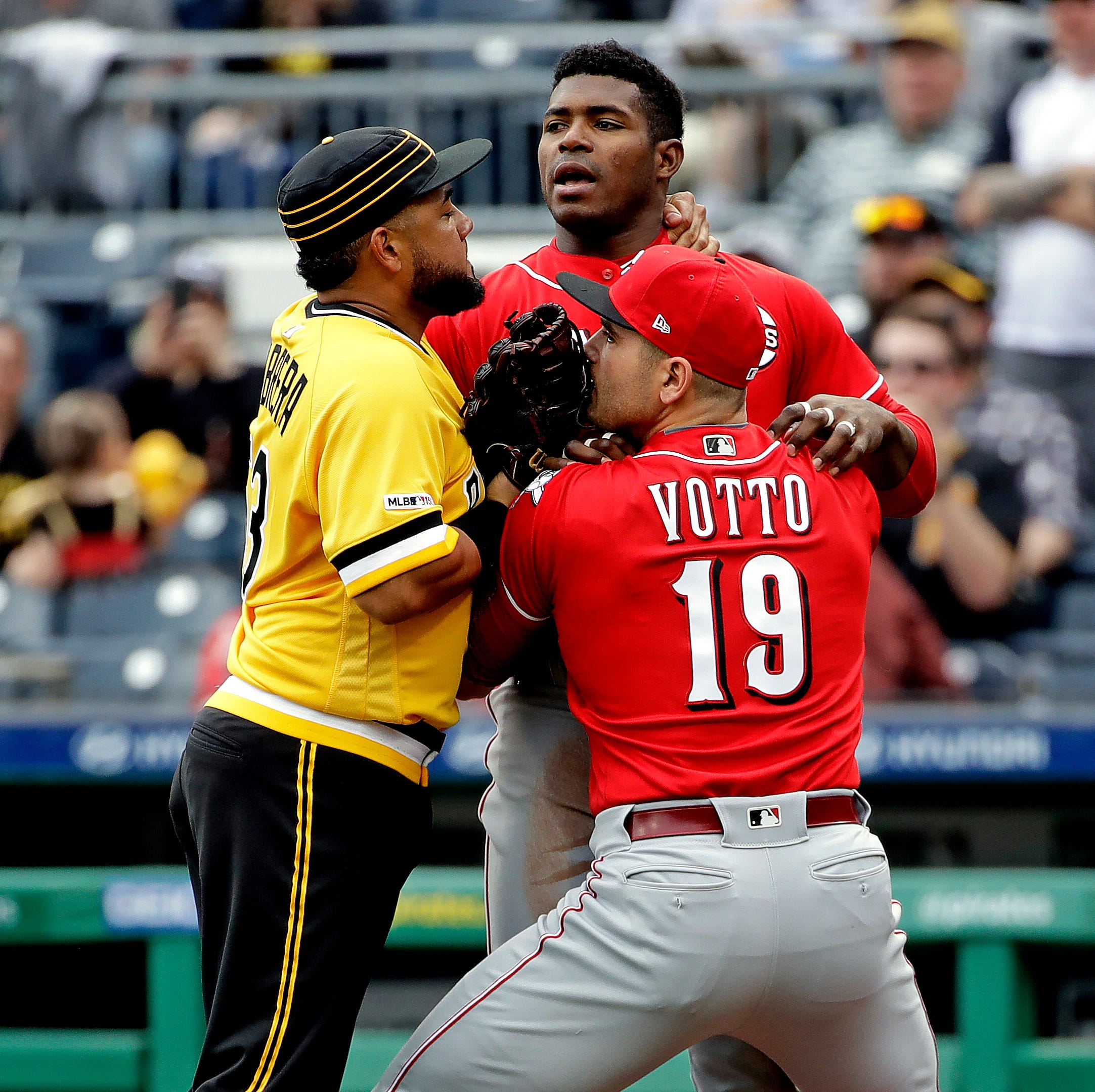 Doc's Morning Line: From the brawl that wasn't to the losing streak, Reds walk a thin line