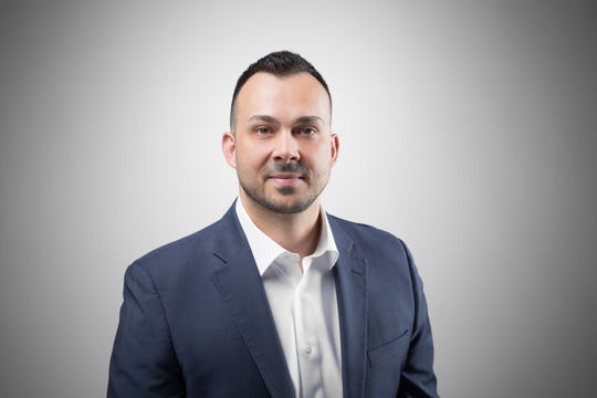 Robert Dekanski, team leader and sales associate at RE/MAX 1st Advantage, was recently honored at the annual RE/MAX R4international convention.
