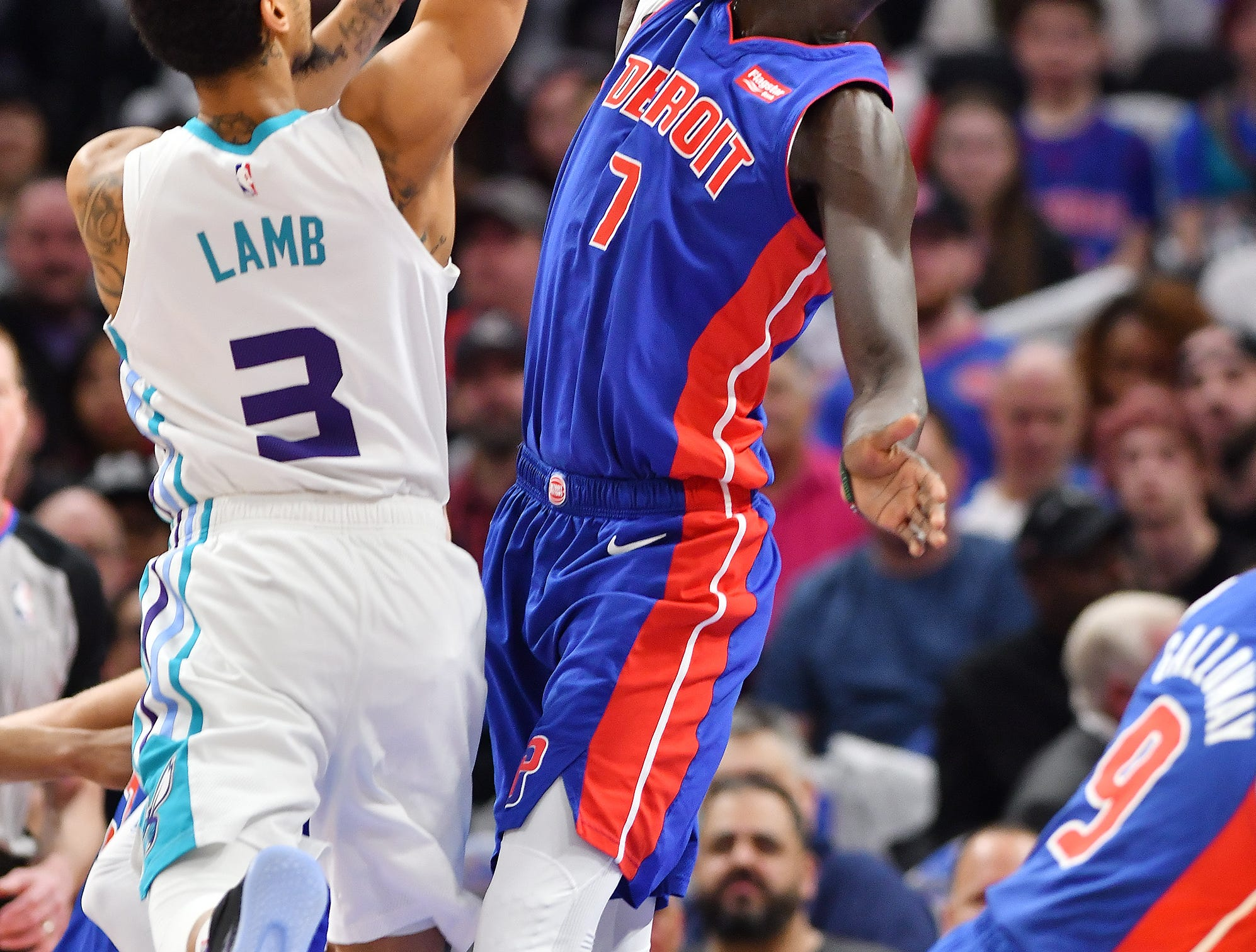 Pistons' Thon Maker defends the Hornets' Jeremy Lamb in the second quarter.