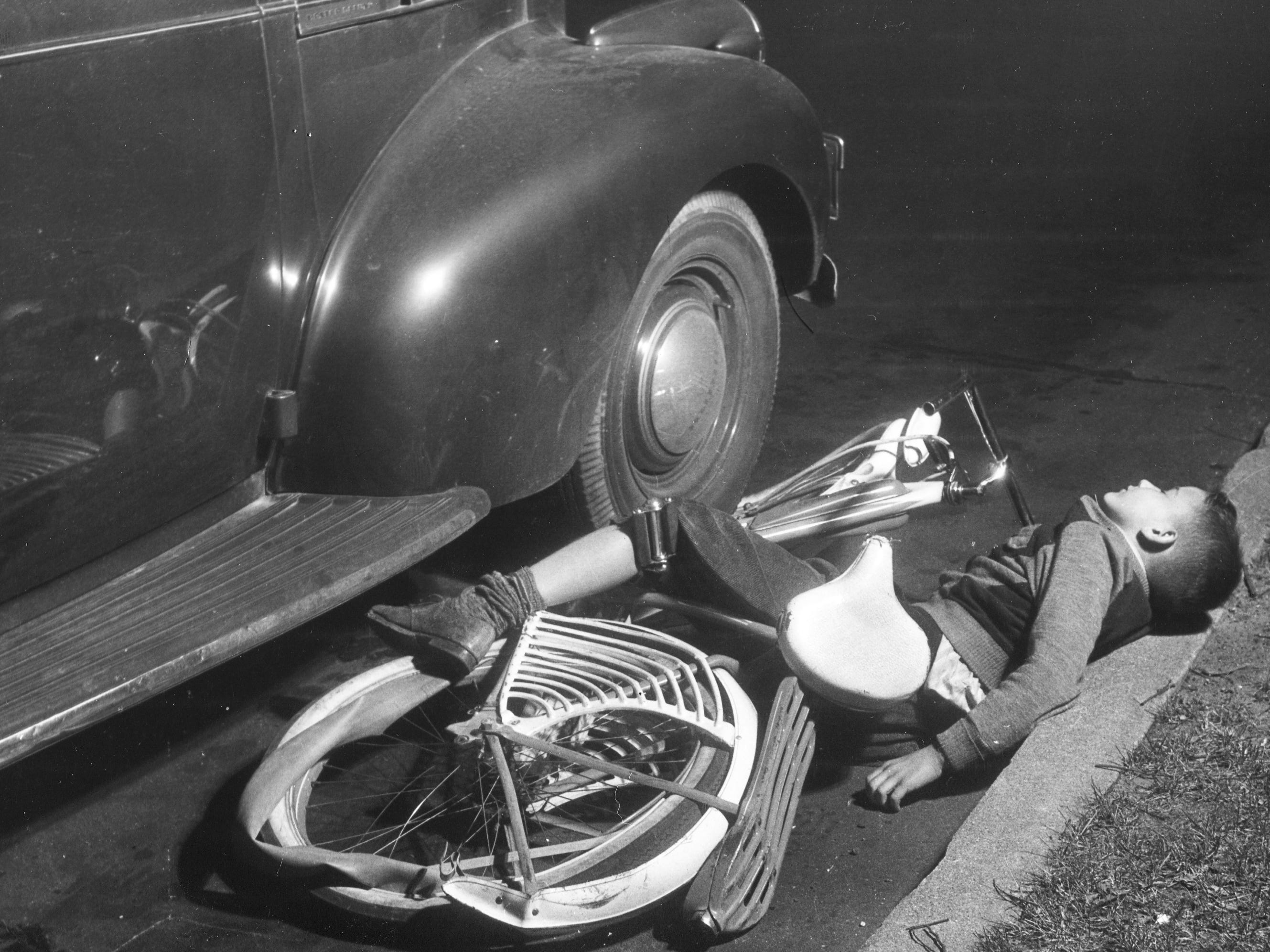 In 1944, shocking images like this one were used in bicycle safety classes by police officers.