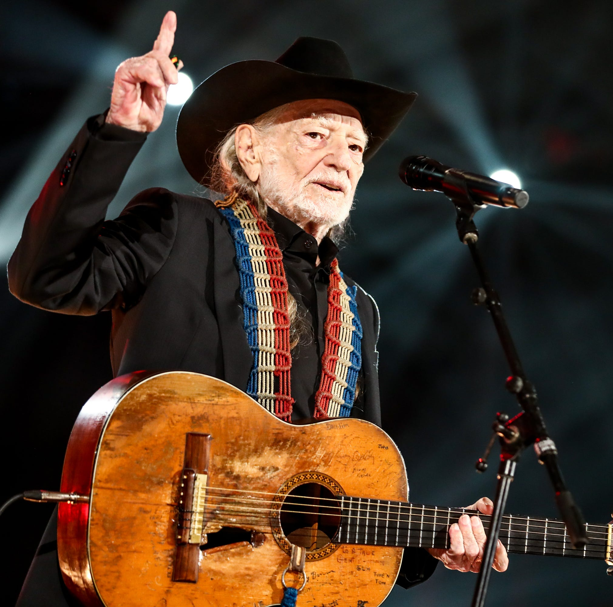Willie Nelson, Alison Krauss to play Resch Center on Aug. 1