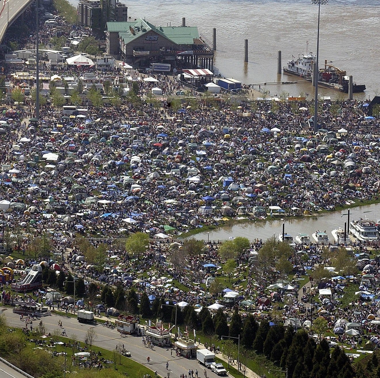 Where should I park my car at Thunder Over Louisville? Parking garage prices and more