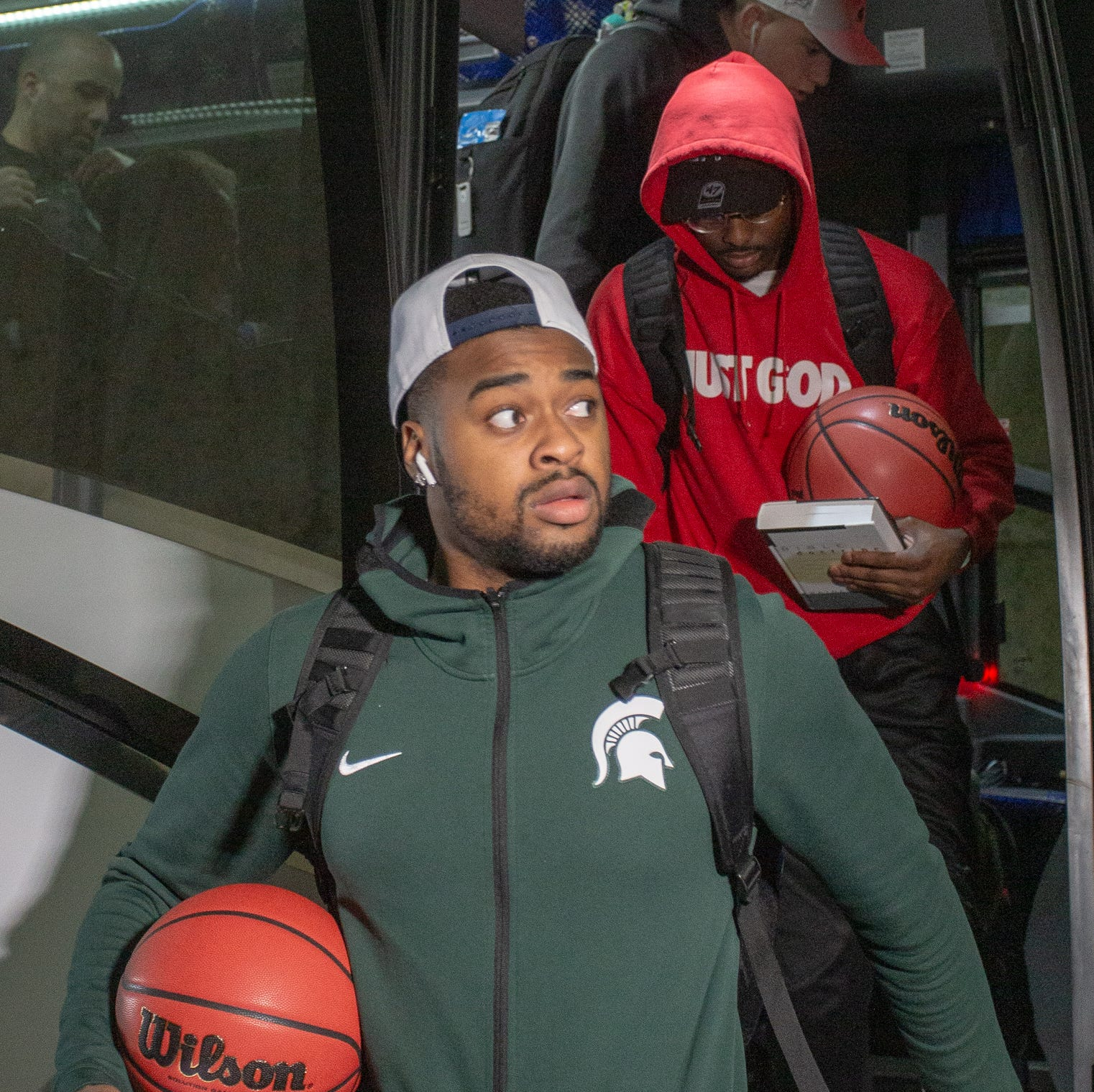 Tom Izzo: Michigan State 'did some incredible things' this season as team returns home